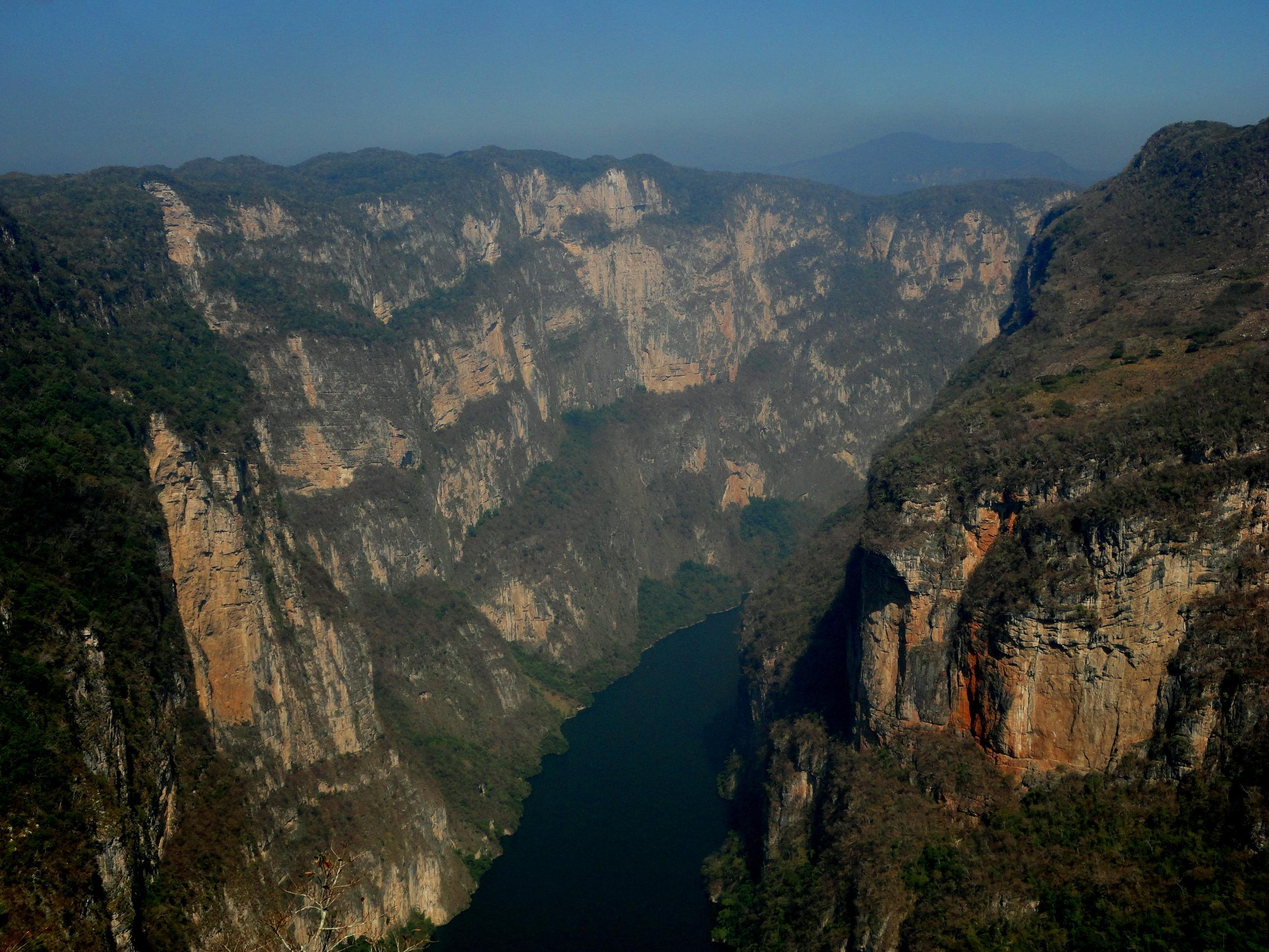 Sumidero Canyon Tour: Boat Ride and Lookout Points » Keteka