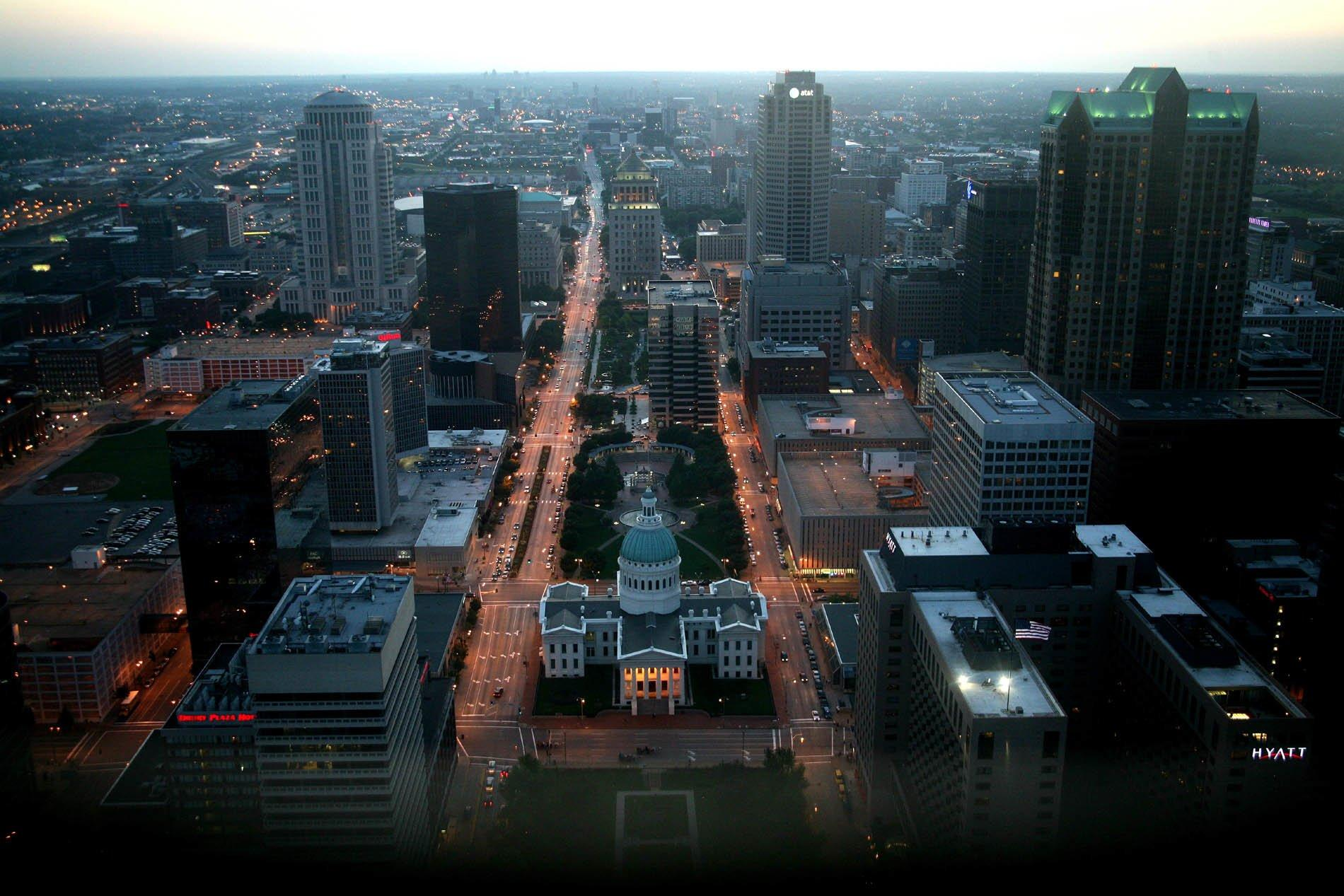 St. Louis Wallpaper and Background Image | 1900x1267 | ID:284233 ...