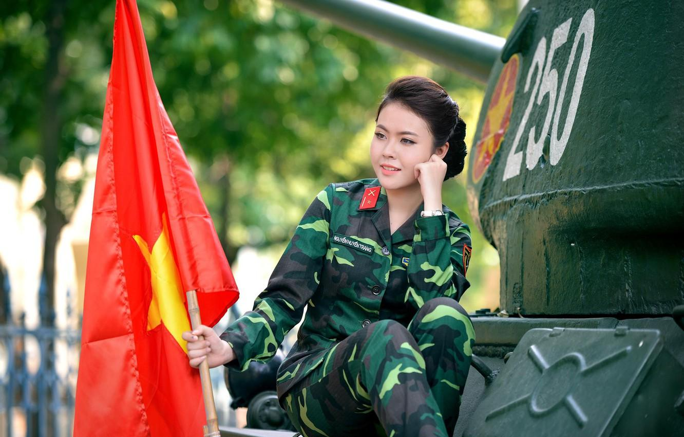Wallpaper flag, tank, Asian, military uniform, Vietnam, girl ...