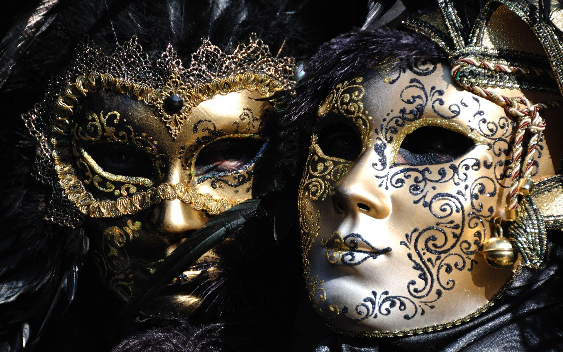 Masks at the Carnival of Venice HD desktop wallpapers : Widescreen