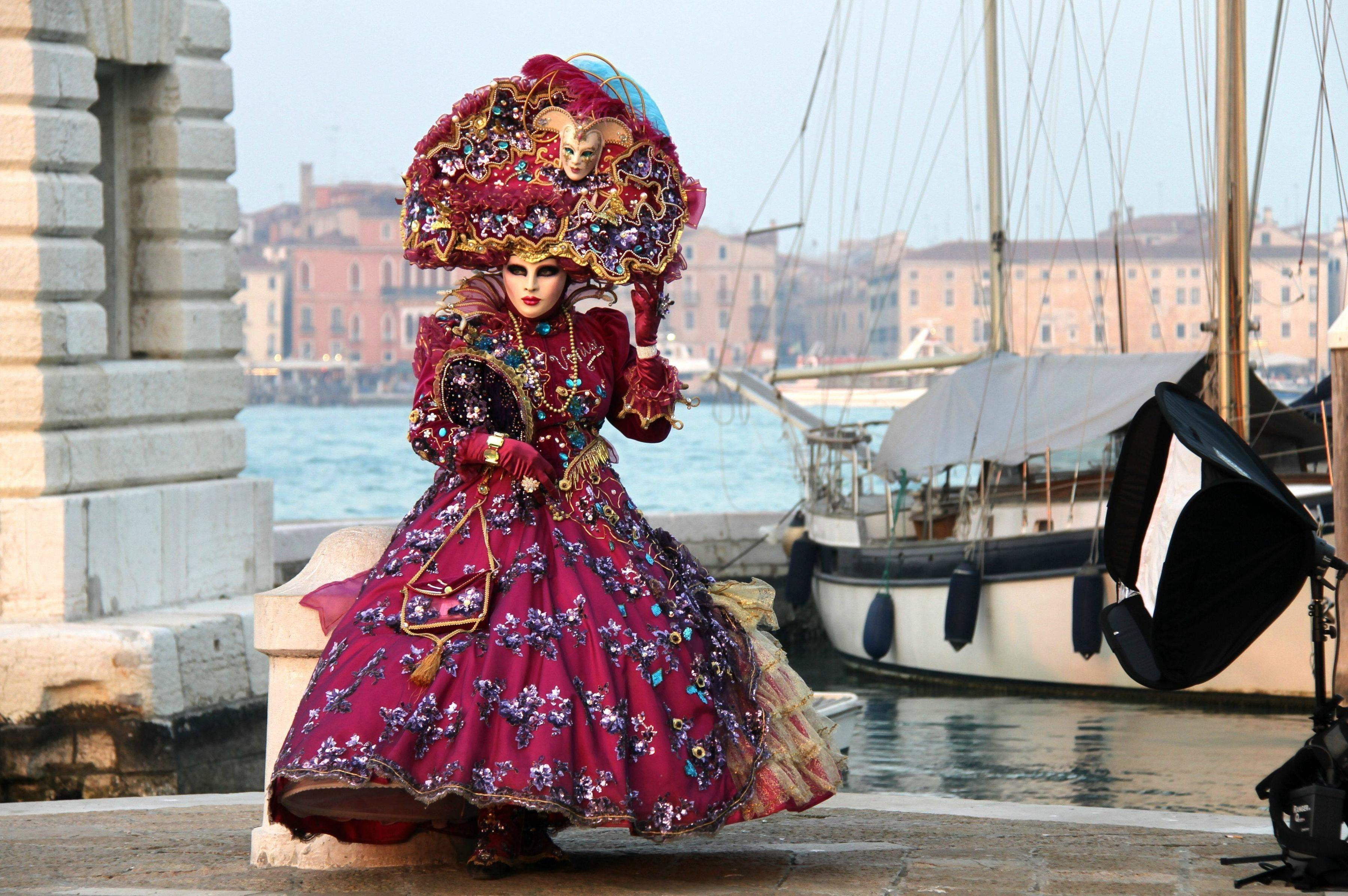 6 Reasons Why Venice Carnival is The Most Unique Festival in the