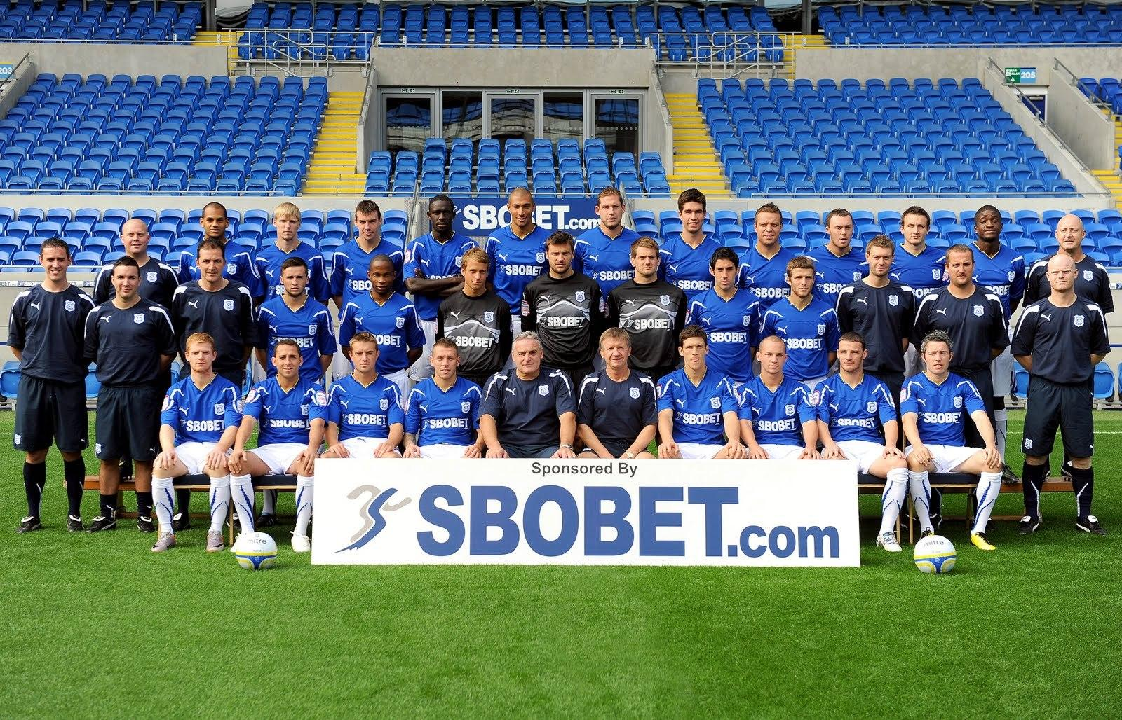 Cardiff City Football Club Team Picture #5672 - Ongur