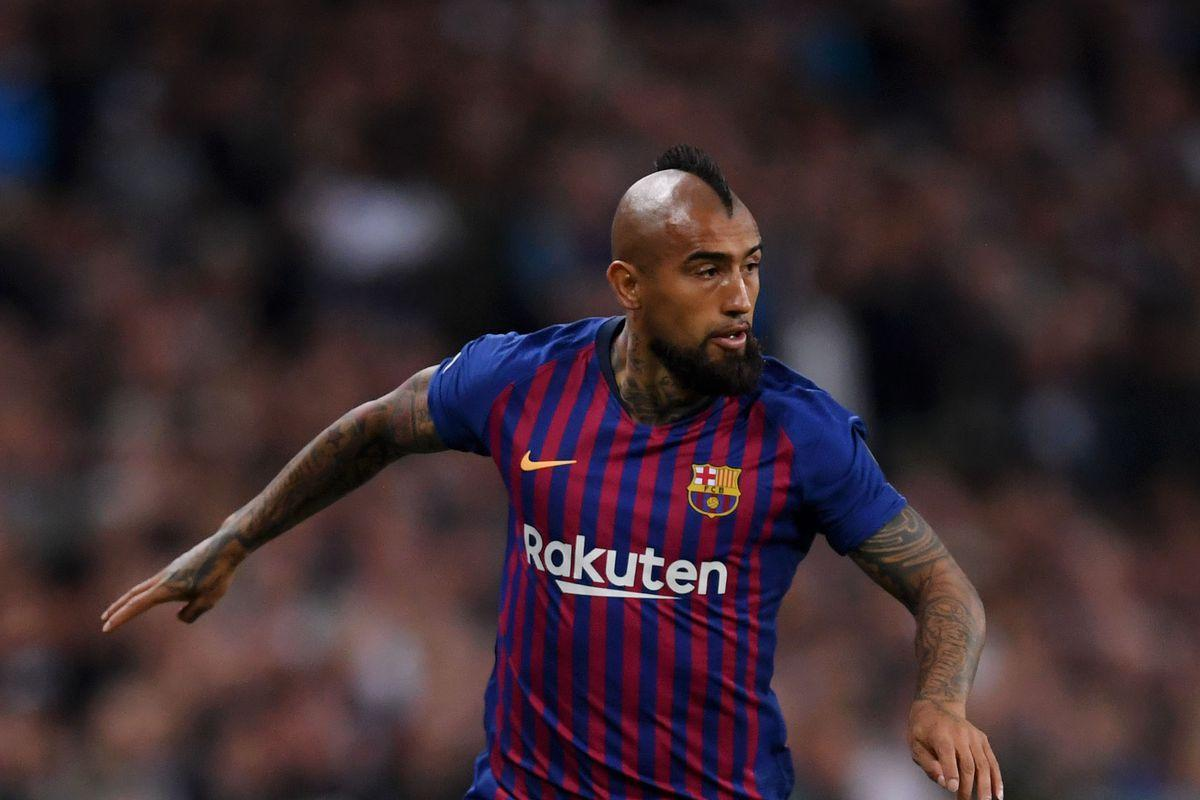 Barcelona midfielder Arturo Vidal says he'd like to play in Mexico