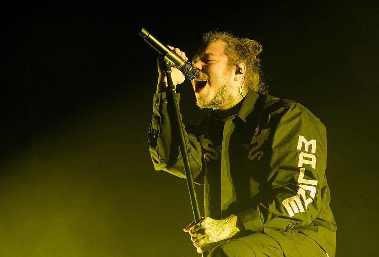Post Malone Beerbongs And Bentleys Wallpapers Wallpaper Cave