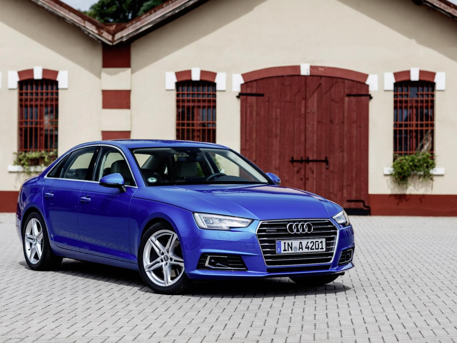 Audi A4 Facelift 2019 wallpapers, free download