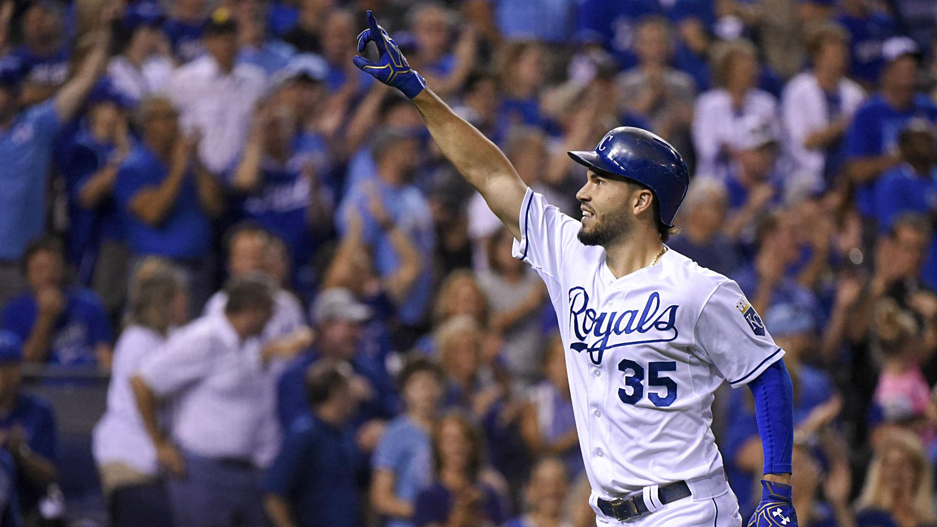 Royals clinch playoff spot with first division title in 30 years