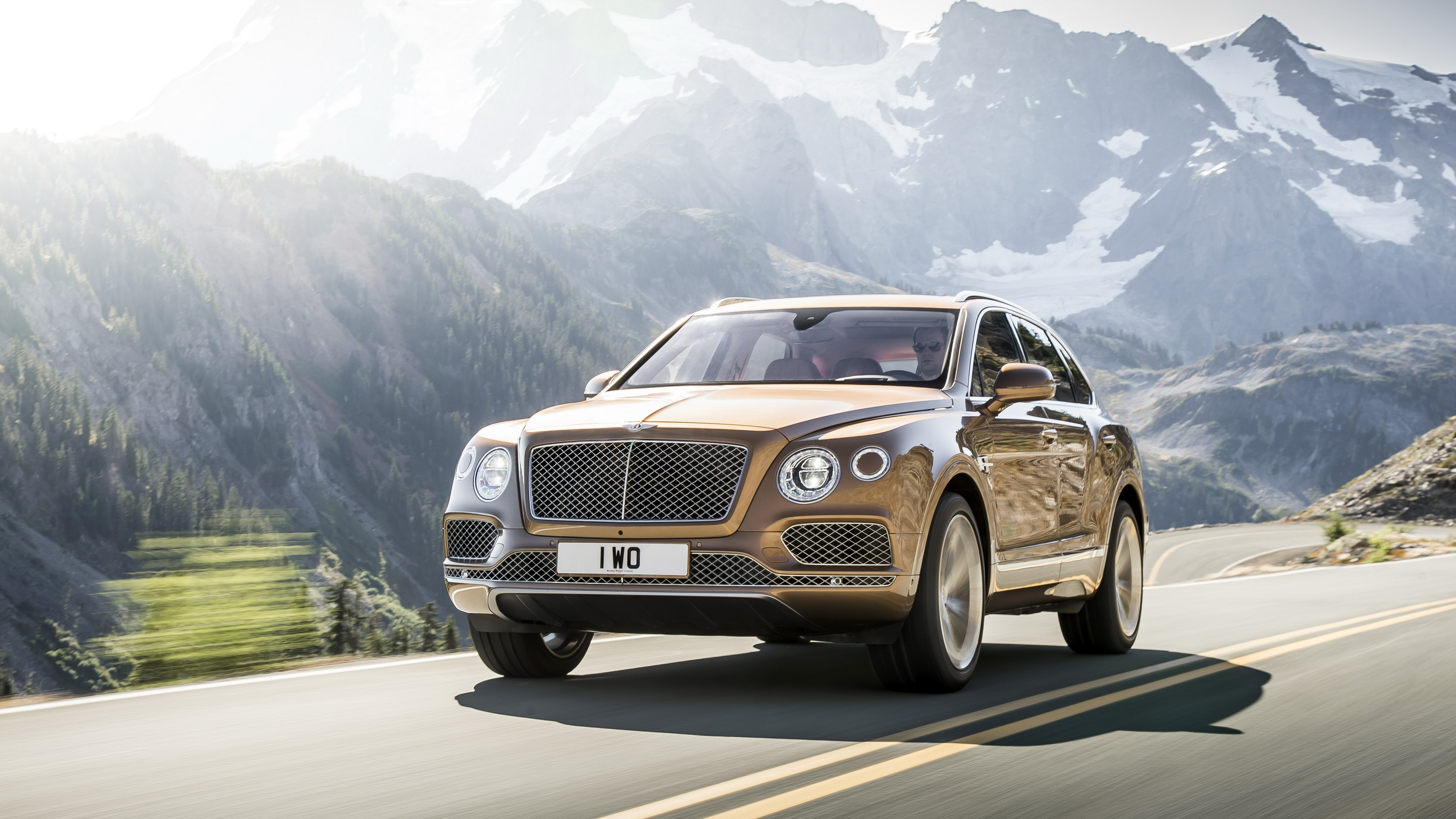There's A Bentley Bentayga Speed On The Way With Big Design ...