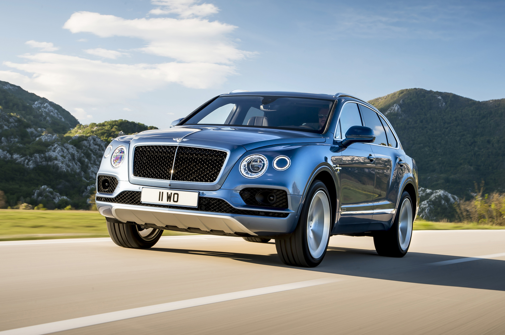 Bentley Bentayga Wallpapers Images Photos Pictures Backgrounds