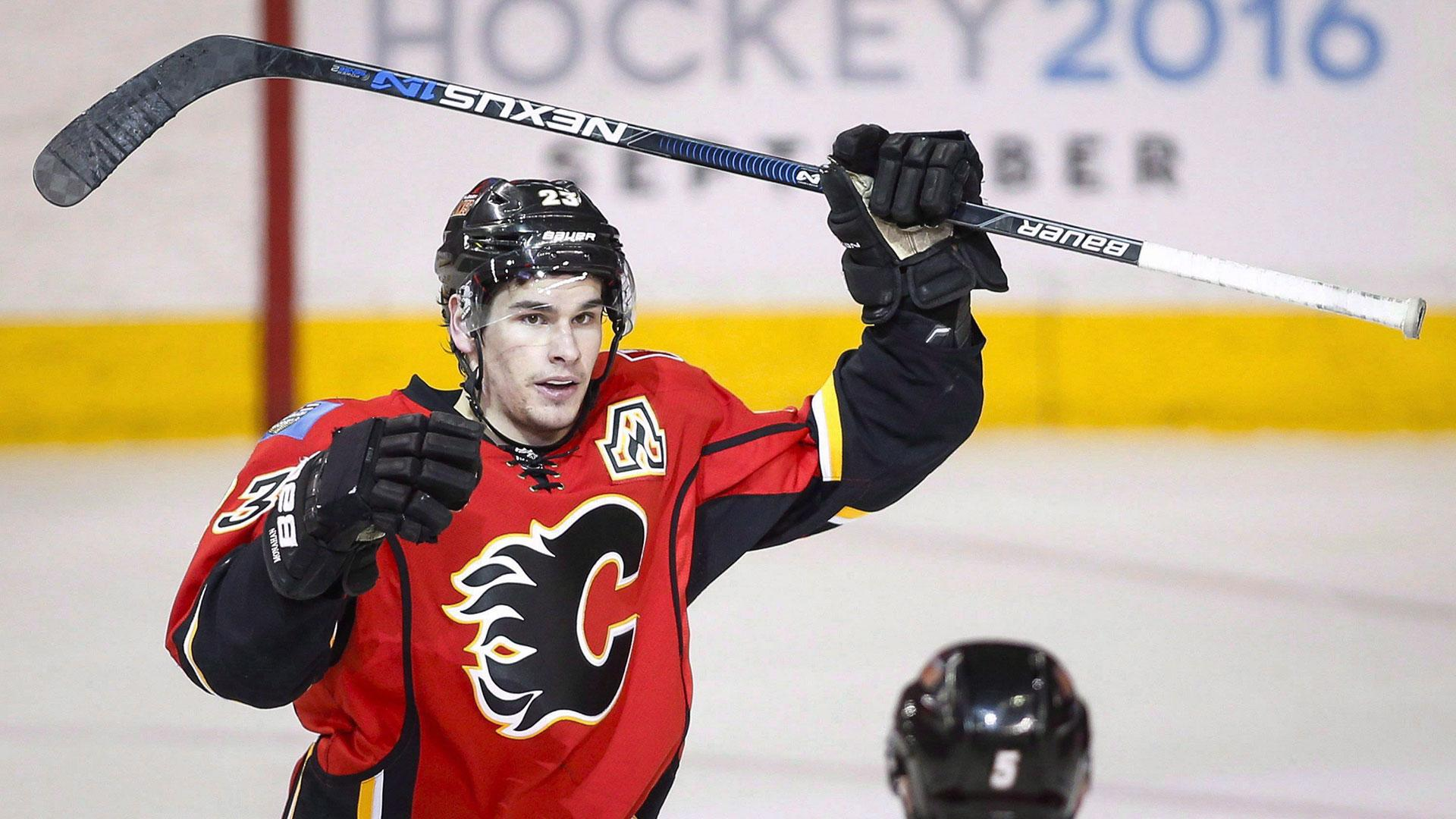 Gaudreau and Monahan: Calgary's opposite yet dynamic duo
