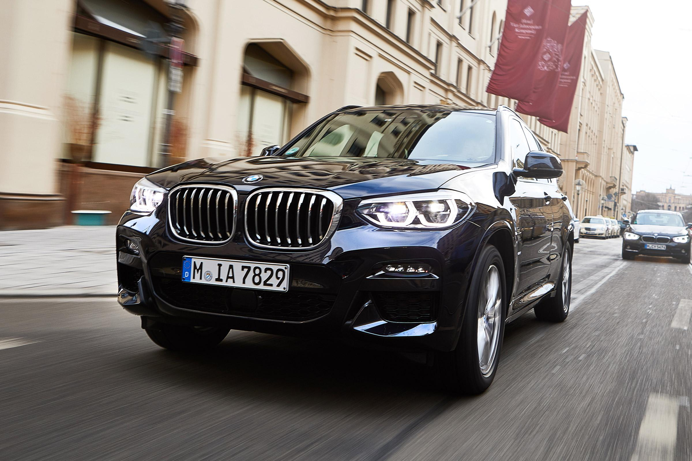 New BMW X3 xDrive30e 2019 review | Auto Express