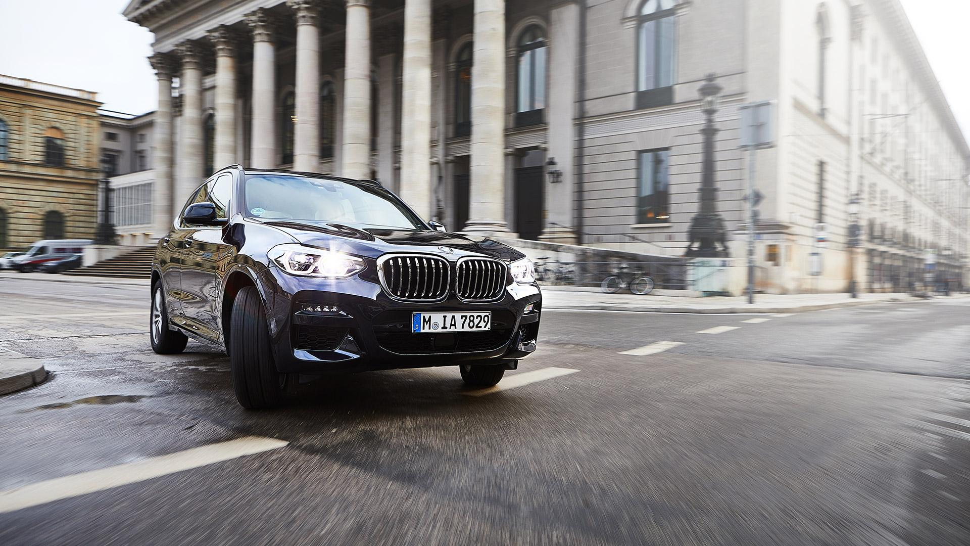 World premiere: the BMW X3 xDrive30e | News | BMW UK