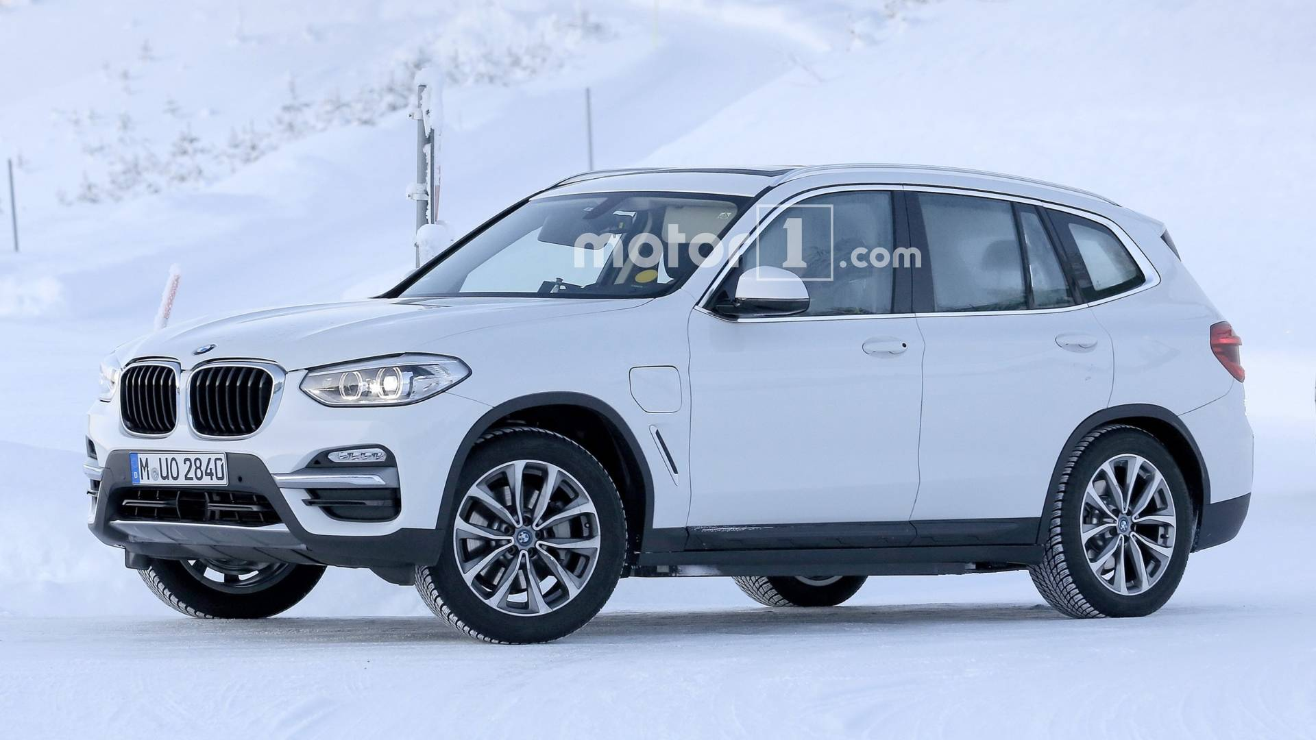 Fully Electric BMW iX3, Plug-In Hybrid X3 Make Spy Photo Debut