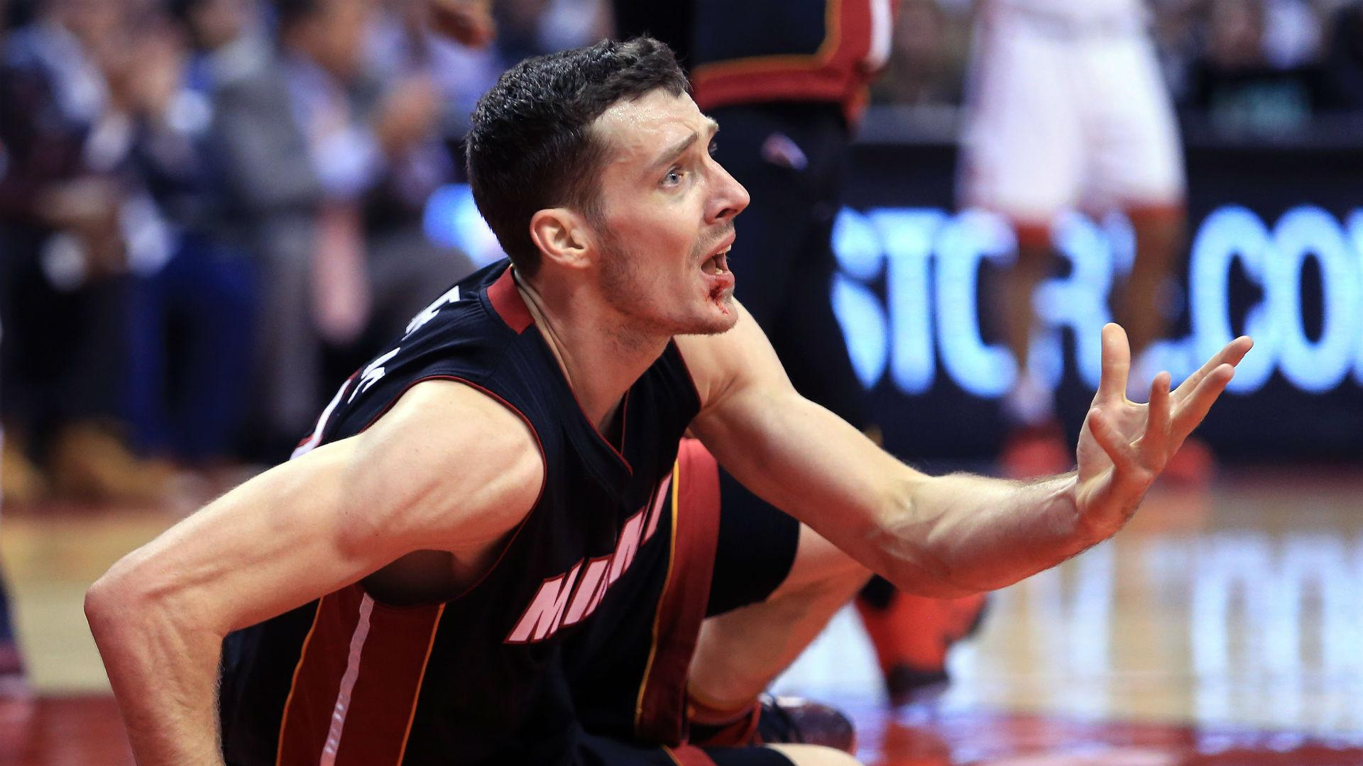 Goran Dragic gets eight stitches after fouling DeMar DeRozan with
