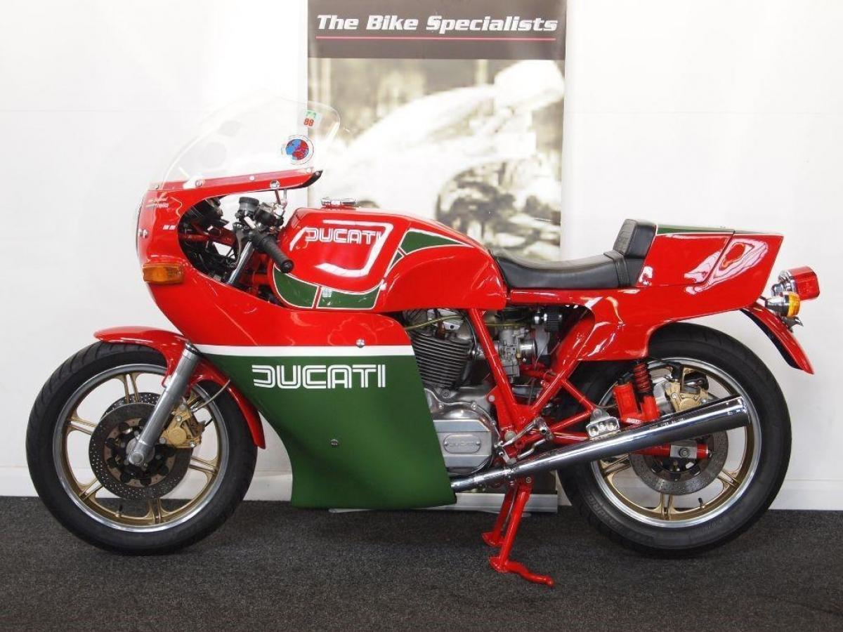 Ducati MIKE HAILWOOD REPLICA PART OF OLIVER TOBIAS COLLECTION