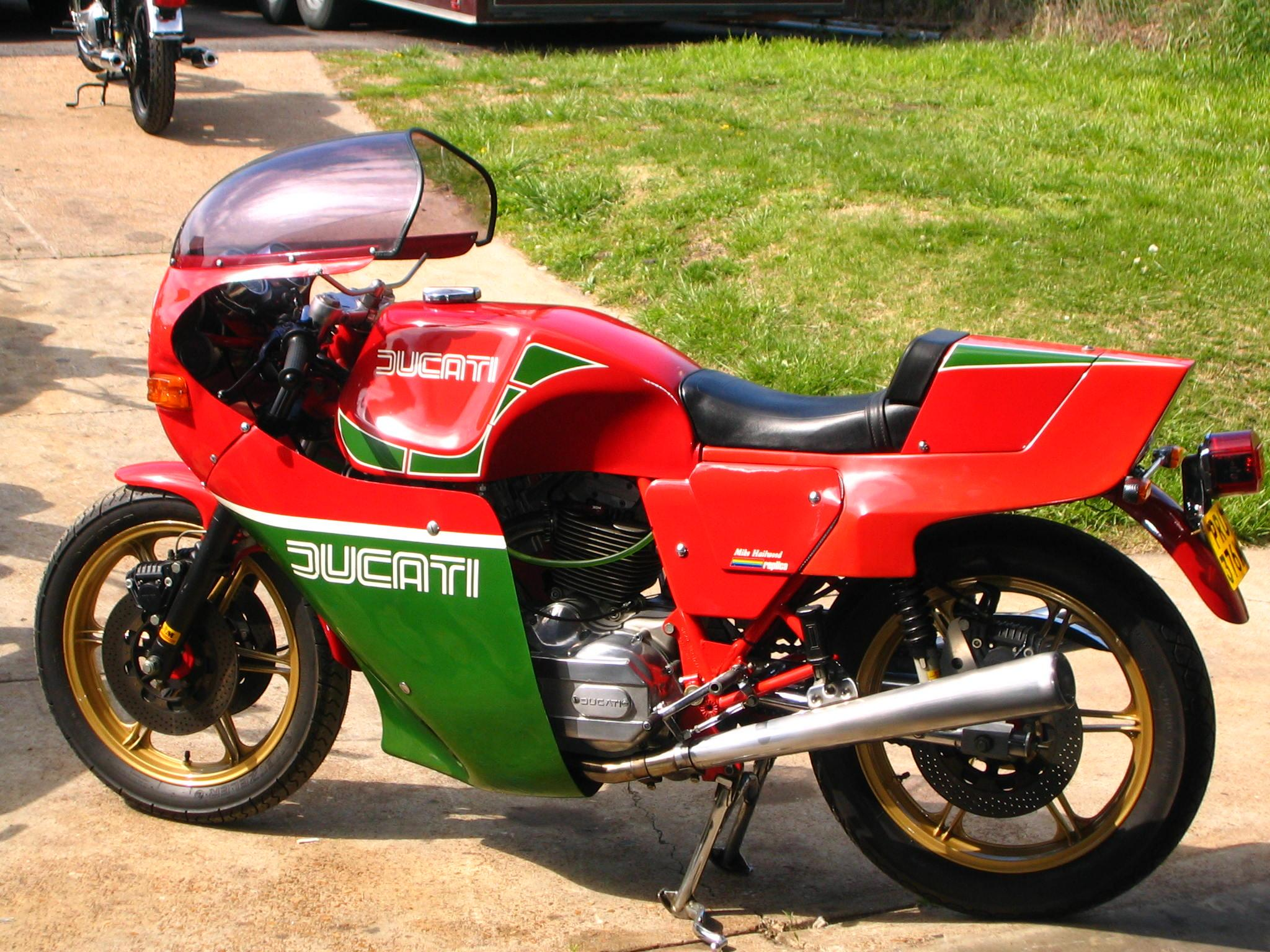 My sport classic tribute 900ss Mike Hailwood - Ducati.ms - The ...