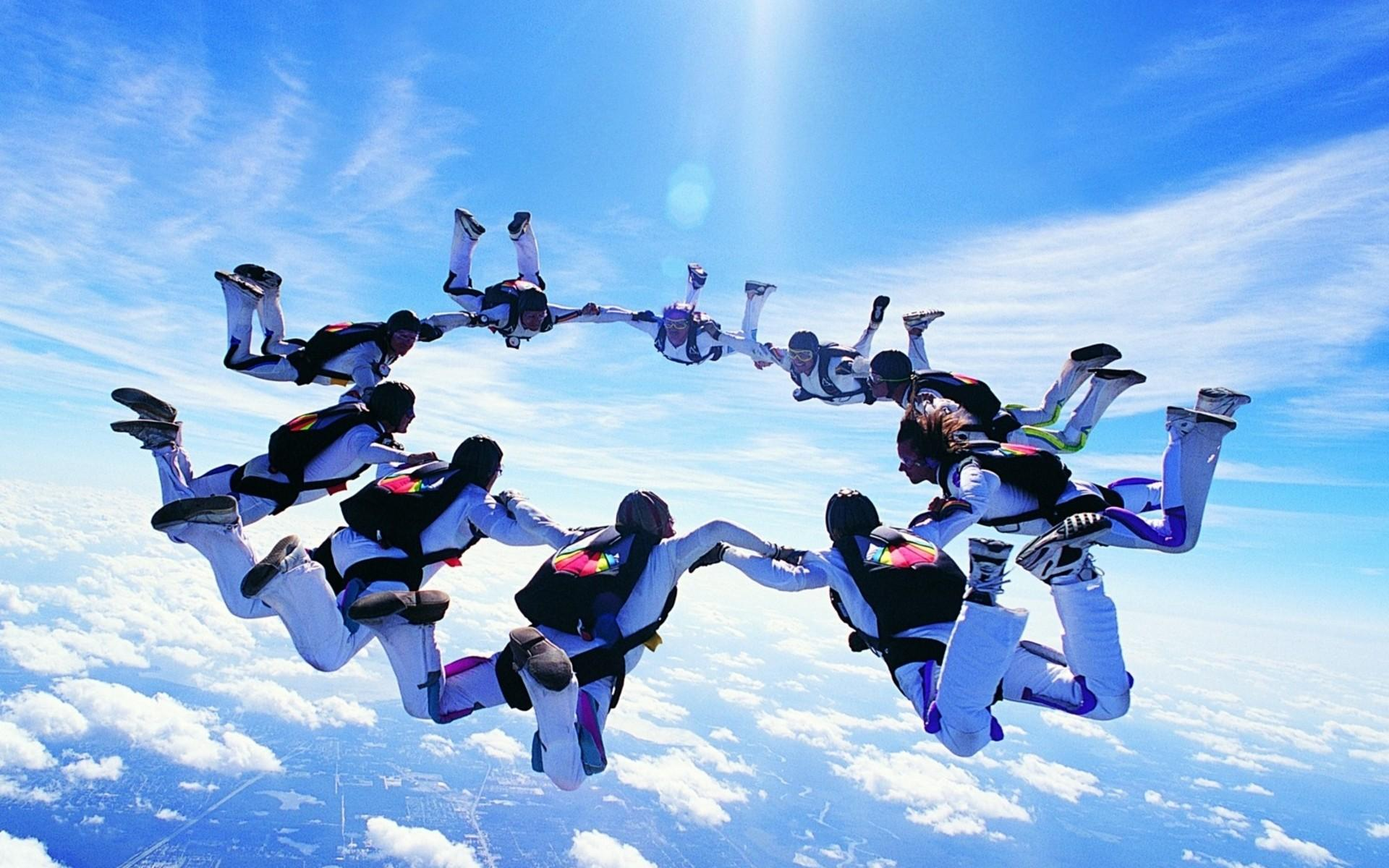 Some Awesome Parachuting HD Wallpapers
