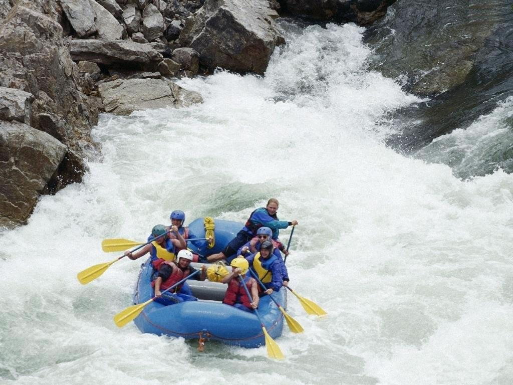 White Water Rafting Wallpapers 9