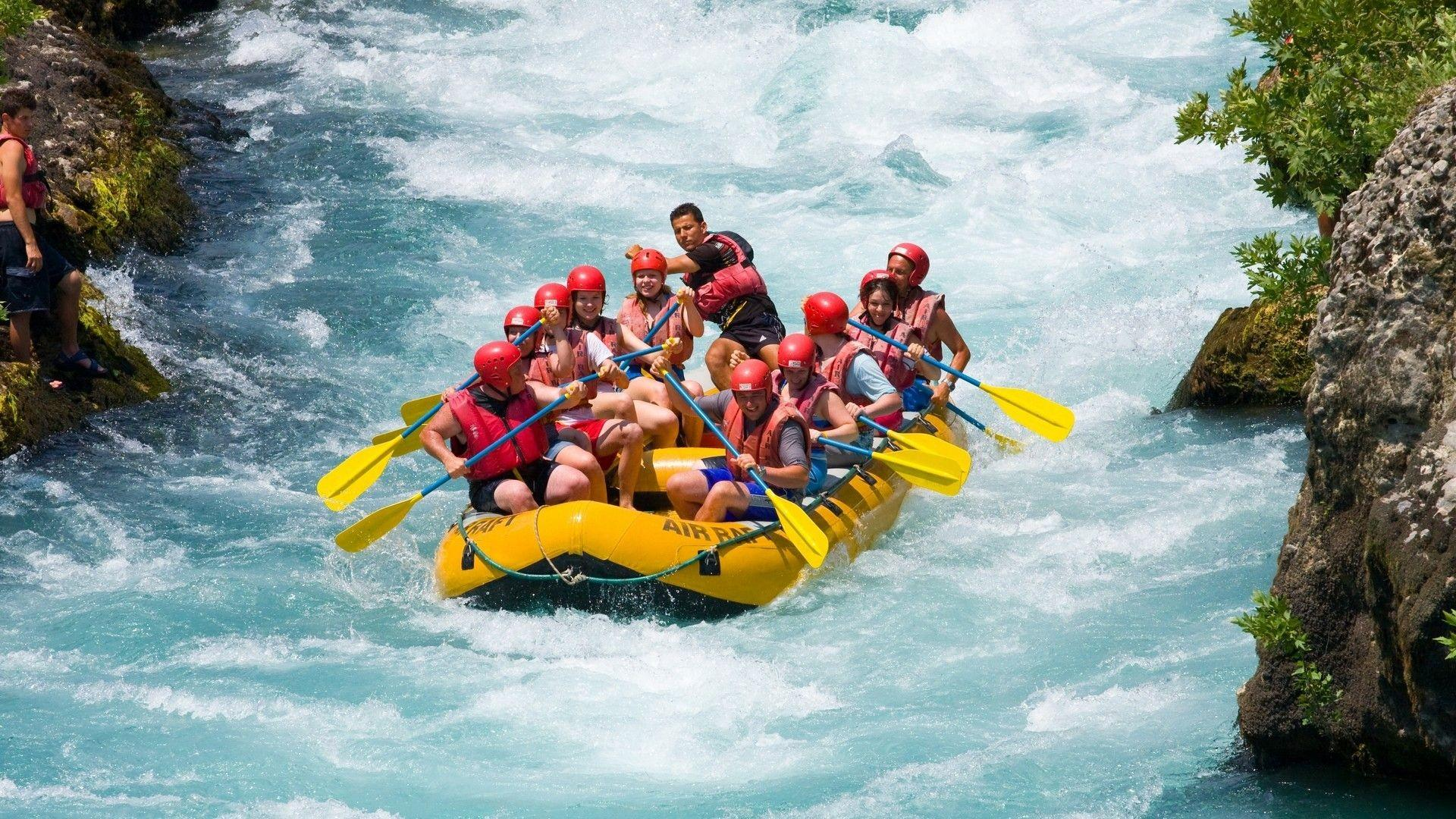 River Hd Awesome Hd Rafting Wallpapers Rafting Wallpapers Pinterest