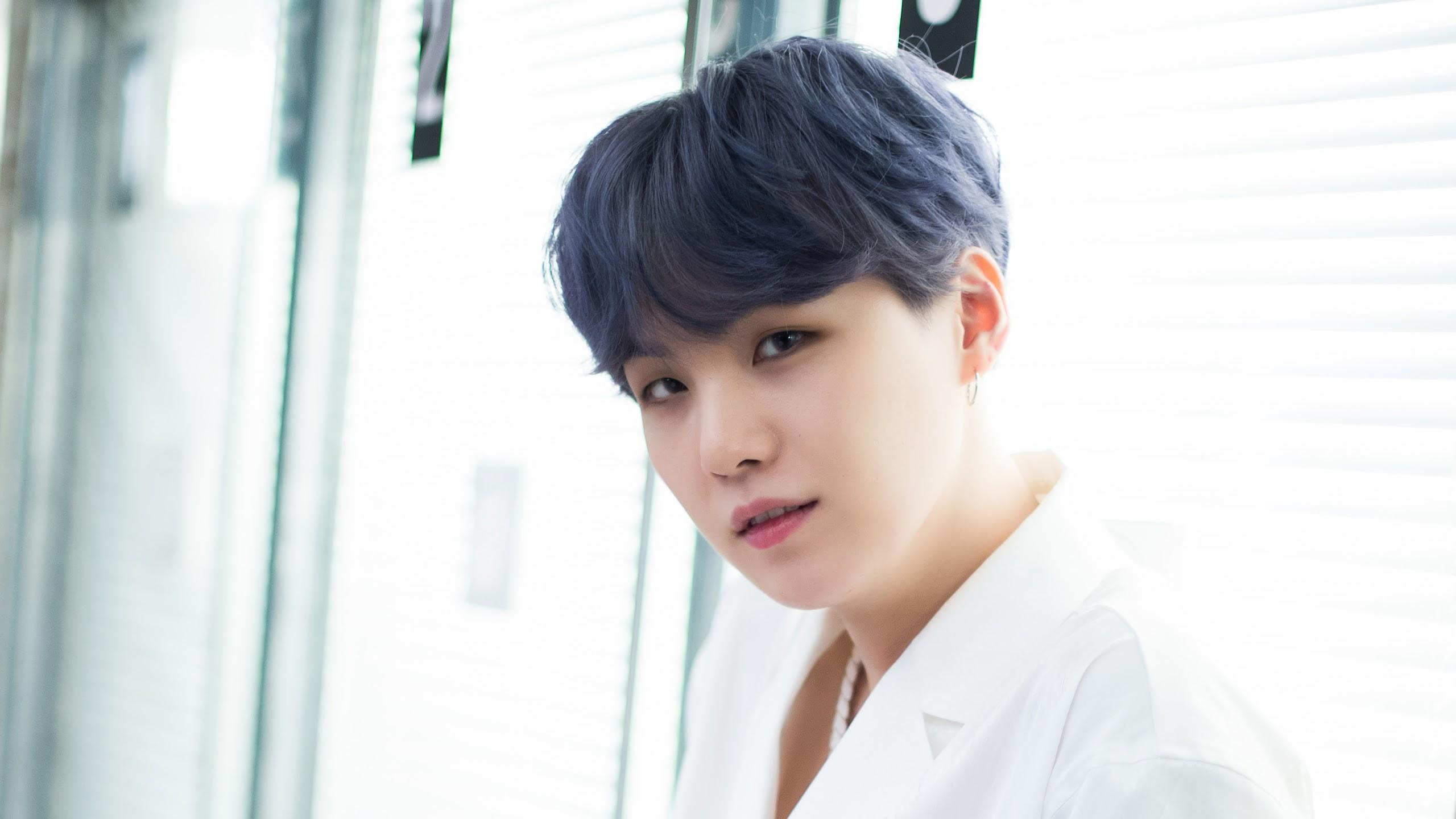 Bts Boy With Luv Wallpapers Wallpaper Cave