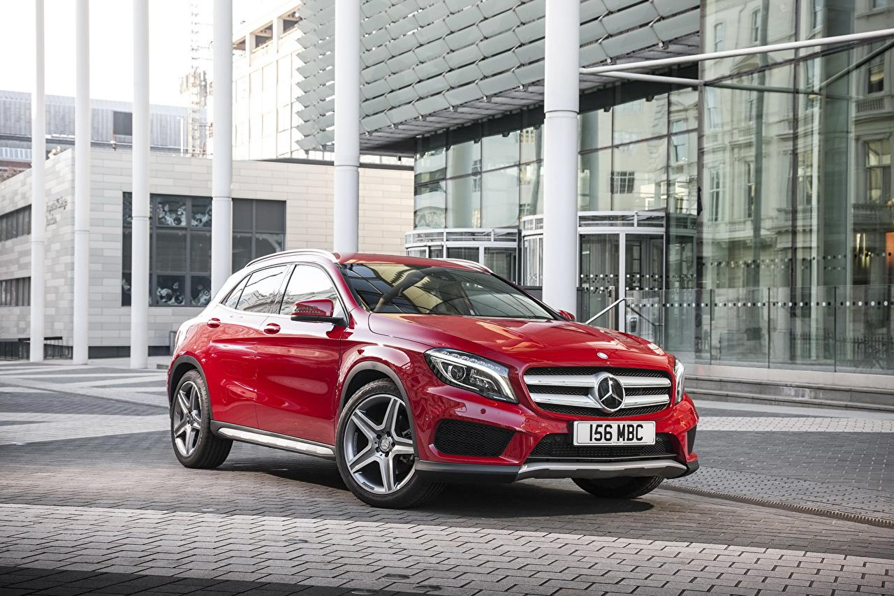 Wallpapers Mercedes-Benz 2014 GLA 250 AMG Red auto Metallic