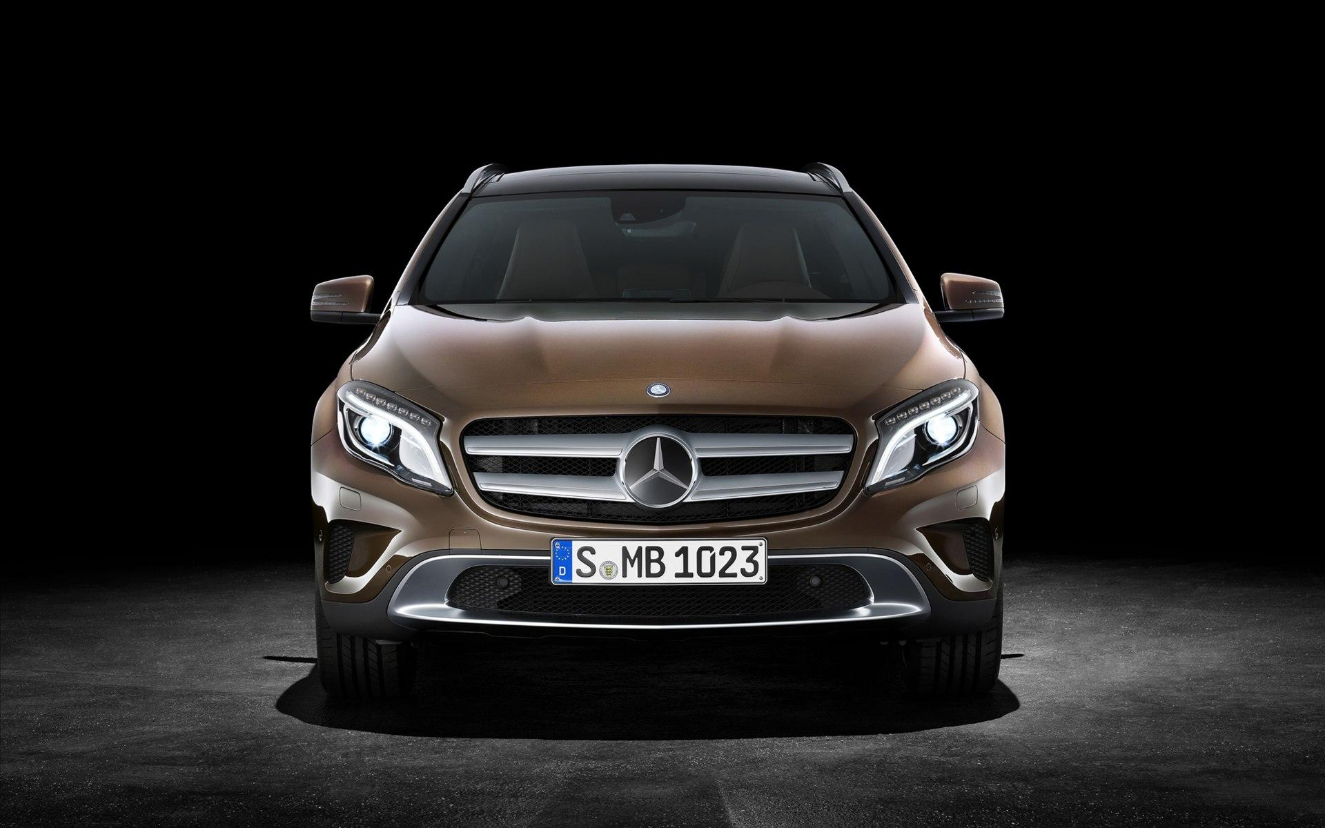 Mercedes-Benz GLA-Class Wallpaper 3 - 1920 X 1200 | stmed.net