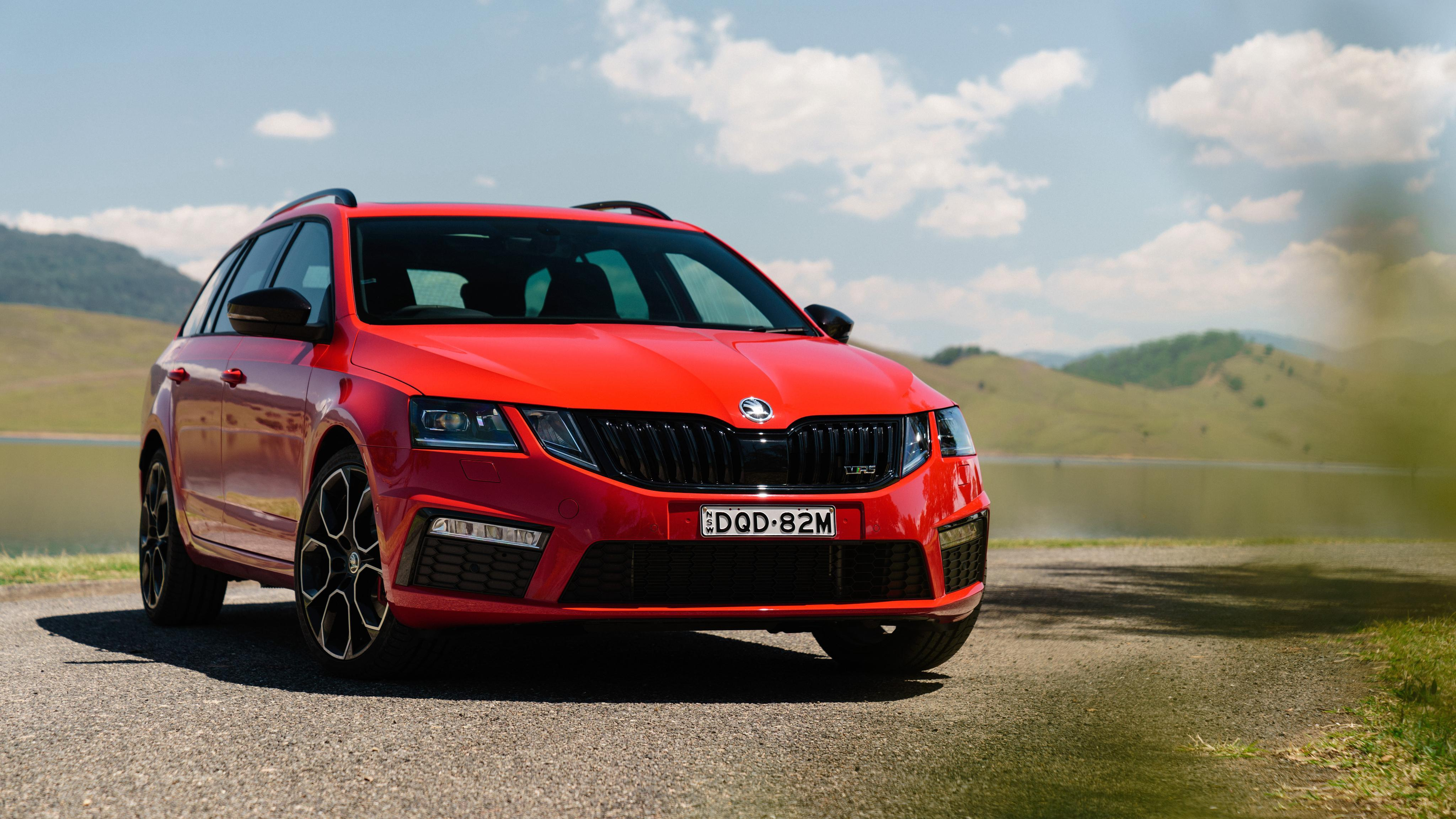 Skoda Octavia RS 245 Wagon 4K Wallpapers