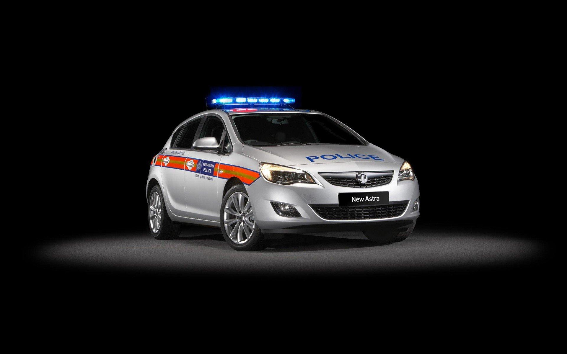 Vauxhall Astra Police Car Wallpaper 483588 1920x1200 (145.43 KB)