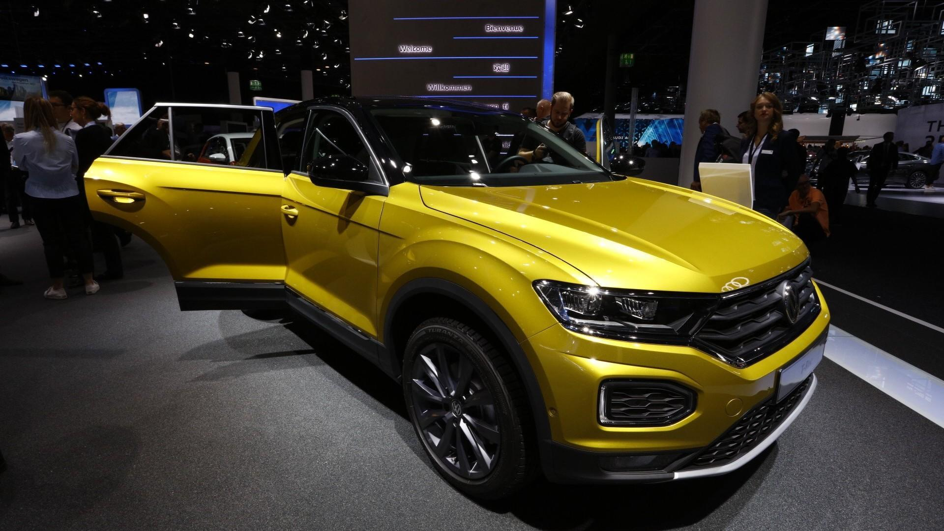 2017 VW T-Roc Gets Sporty In Frankfurt With R-Line Debut