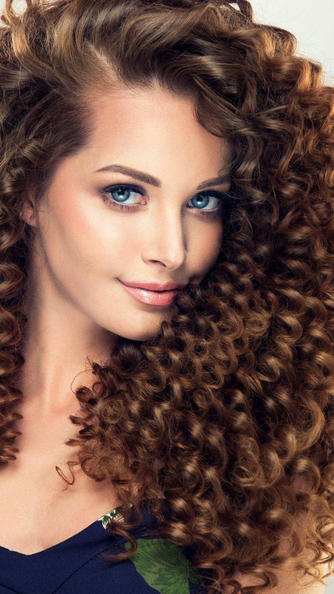 Curly Hair Girls Wallpapers Wallpaper Cave