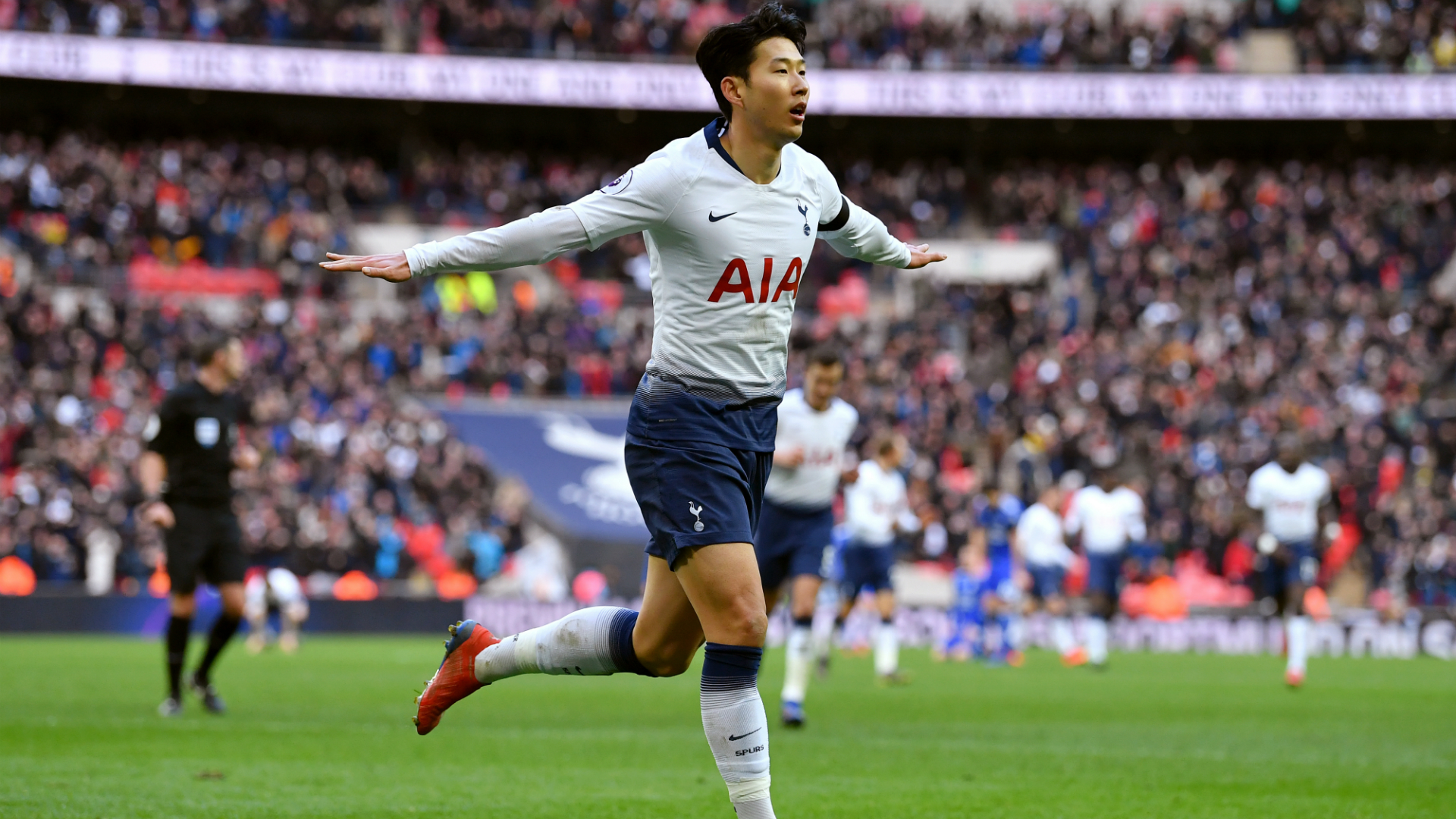 Son Heung-min 2019 Wallpapers