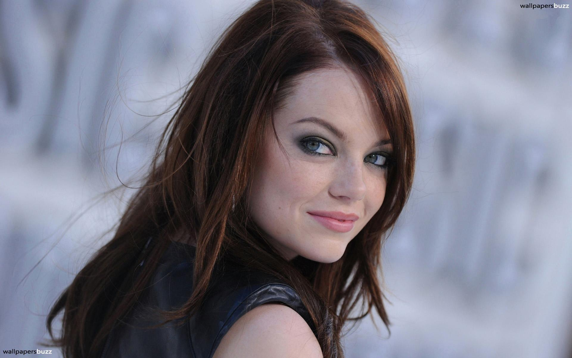 Emma Stone smiling HD Wallpapers