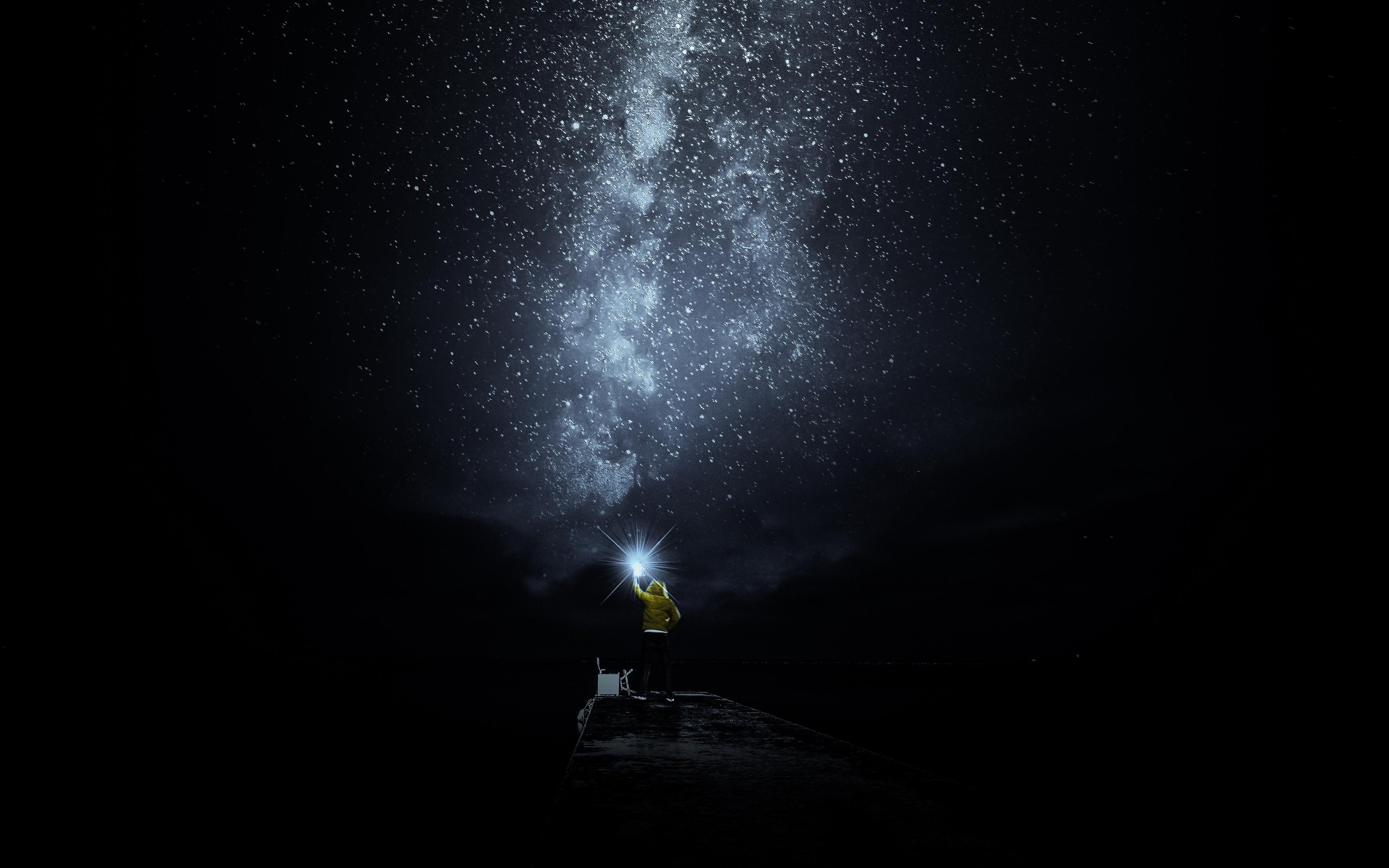 Download wallpapers 3840x2400 starry sky, man, loneliness, lonely
