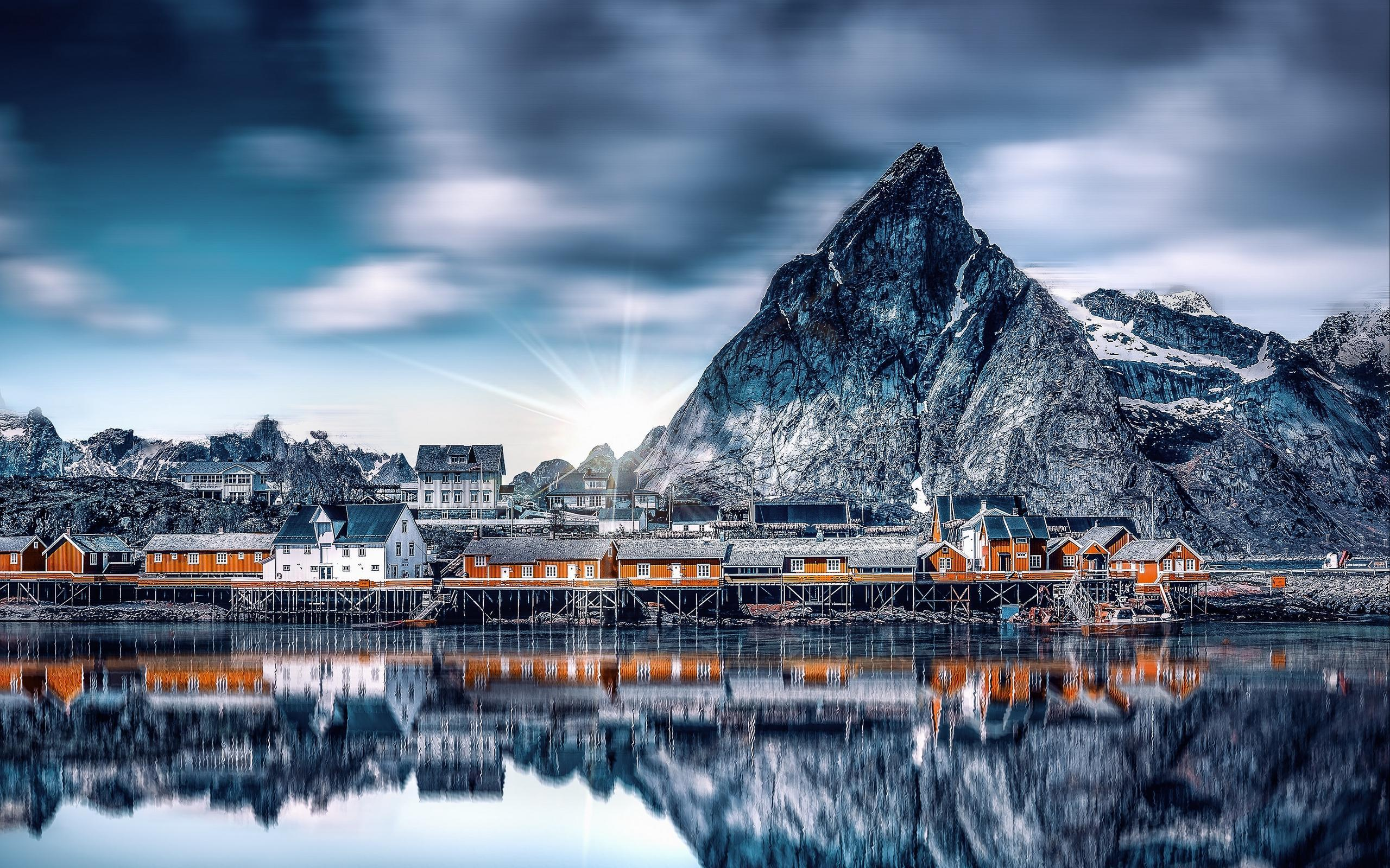Download wallpapers 2560x1600 mountains, lake, buildings, reflection