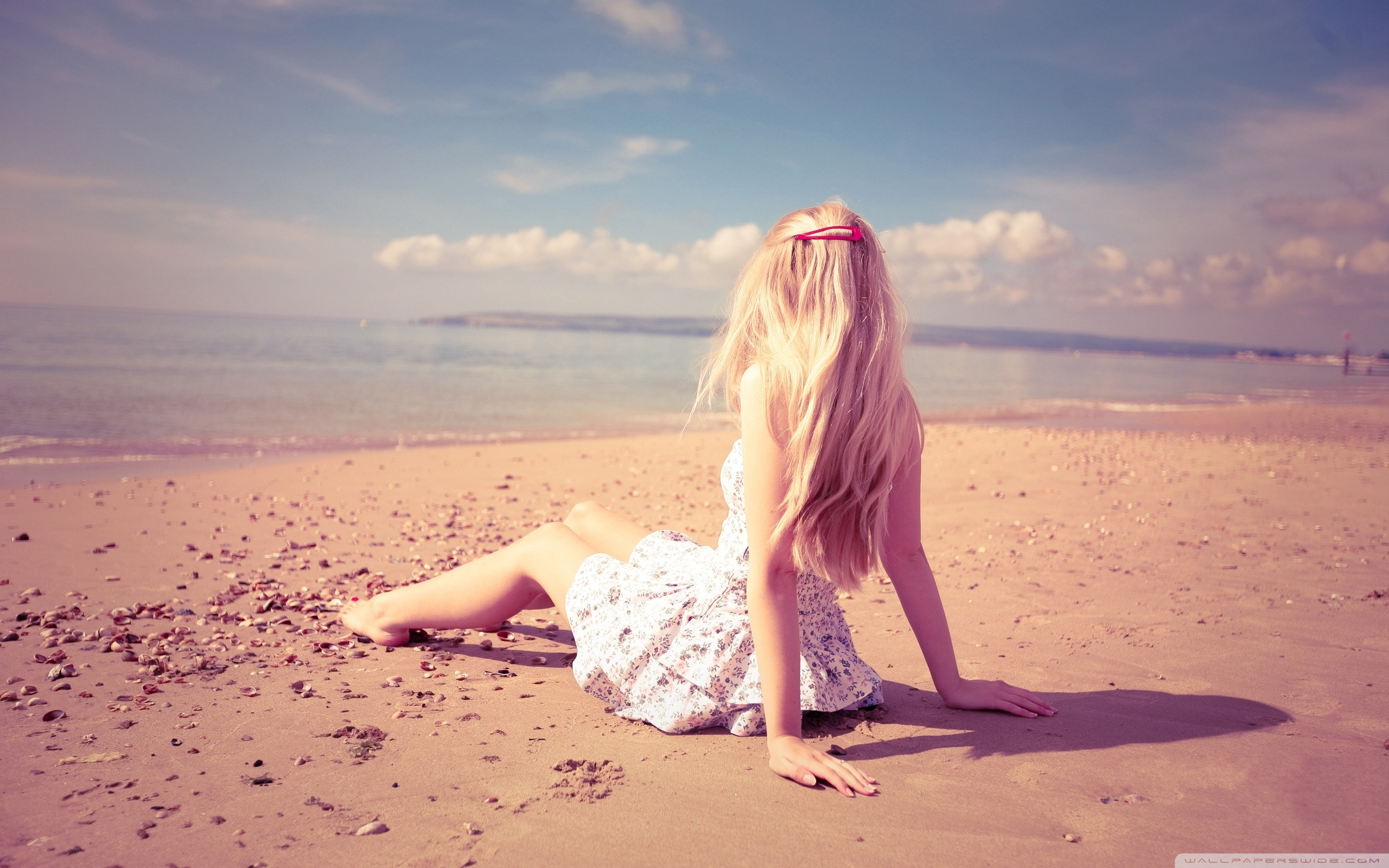 Girl On Beach Wallpapers Wallpaper Cave