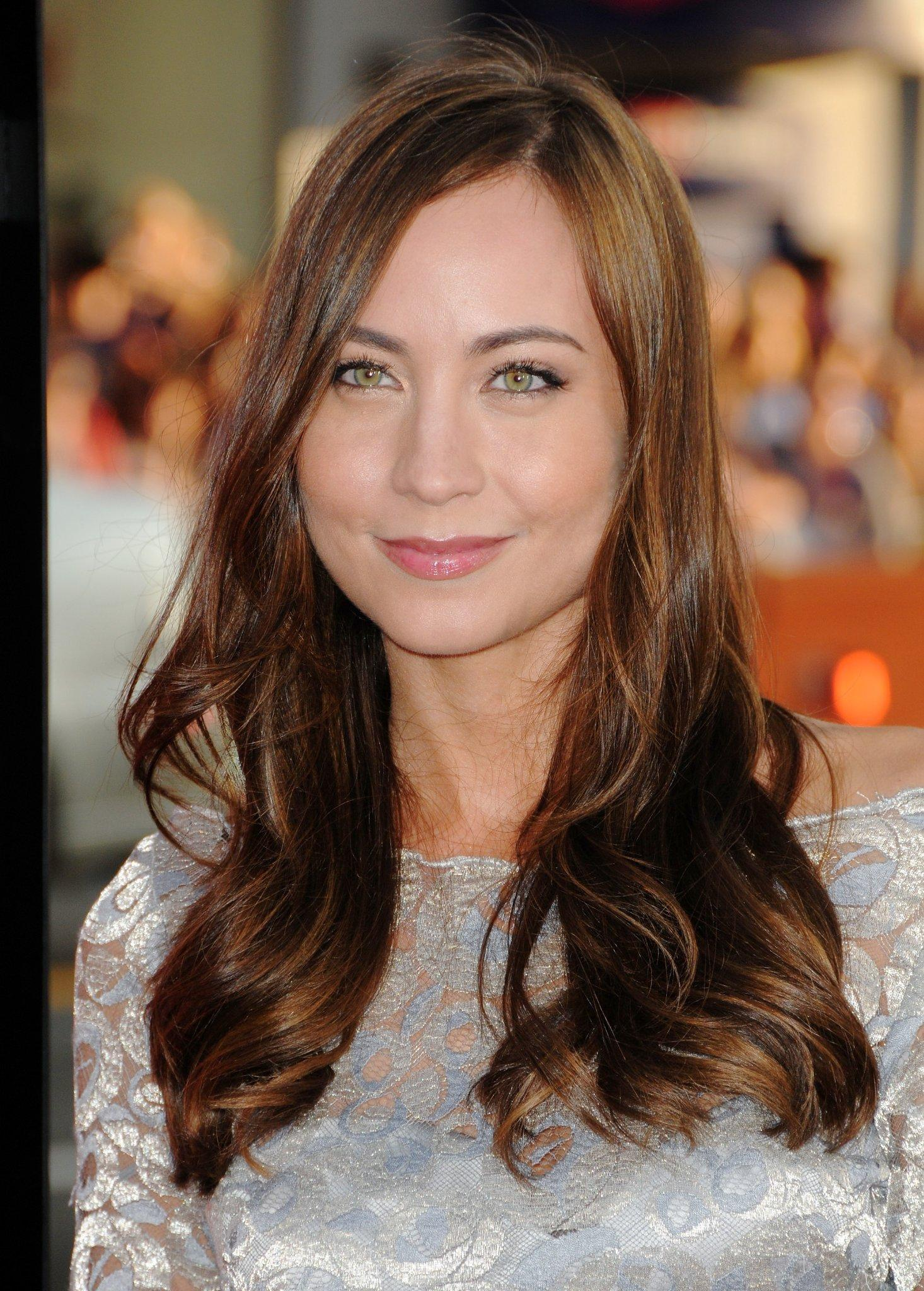 Courtney Ford Wallpapers Wallpaper Cave