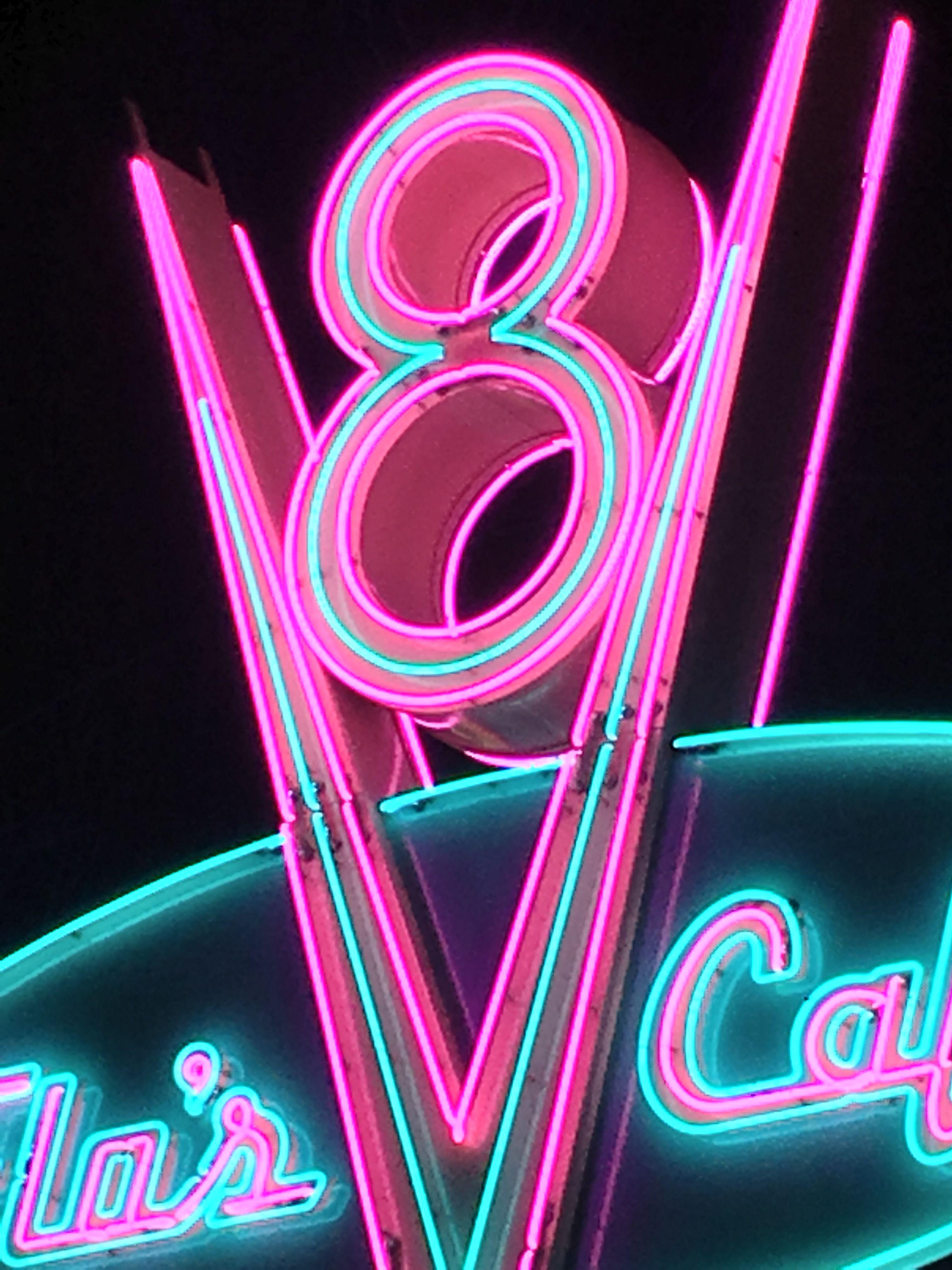 Best Classic neon sign with retro style Wallpapers