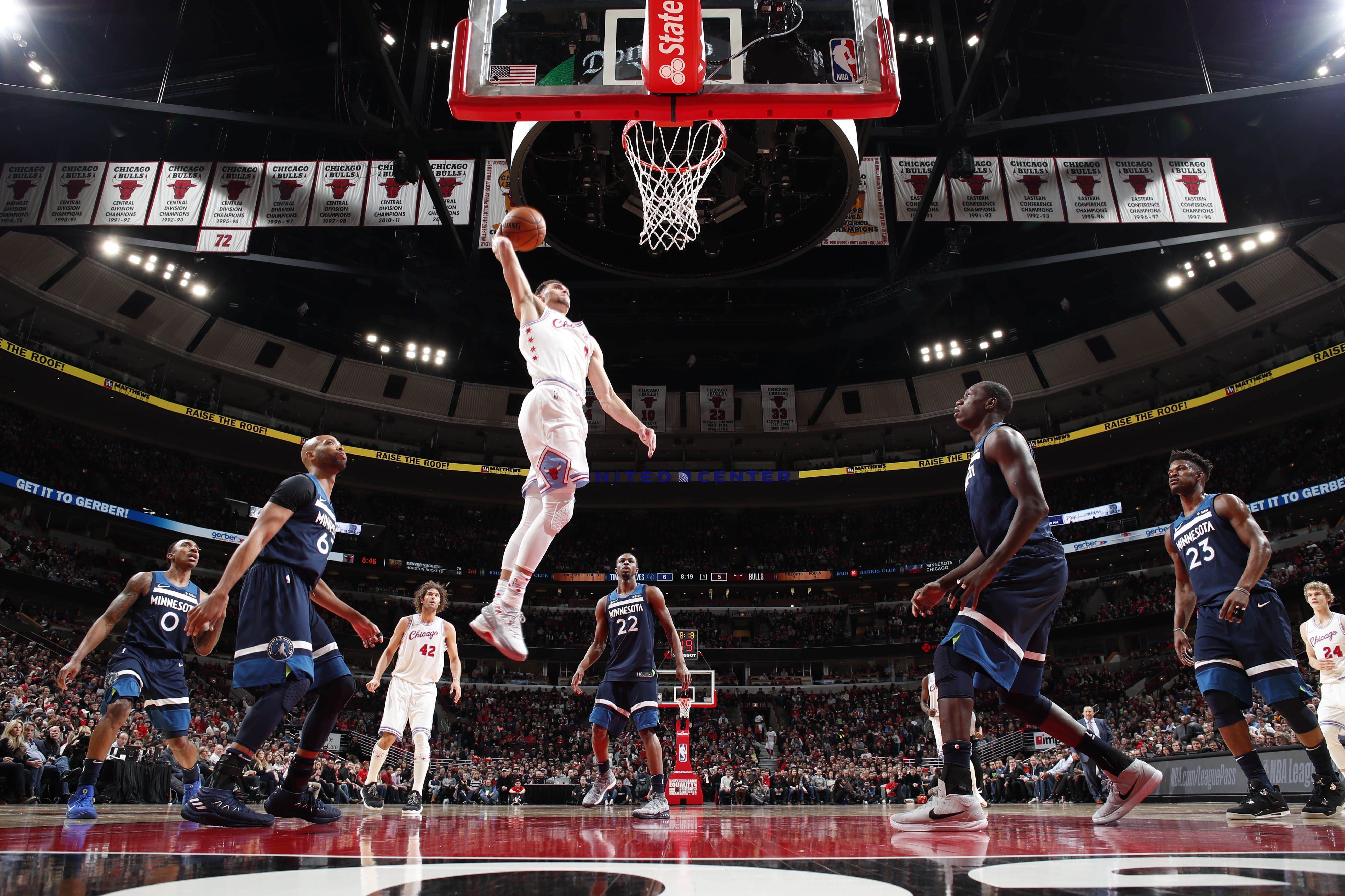 Zach LaVine leads the Chicago Bulls to an impressive victory