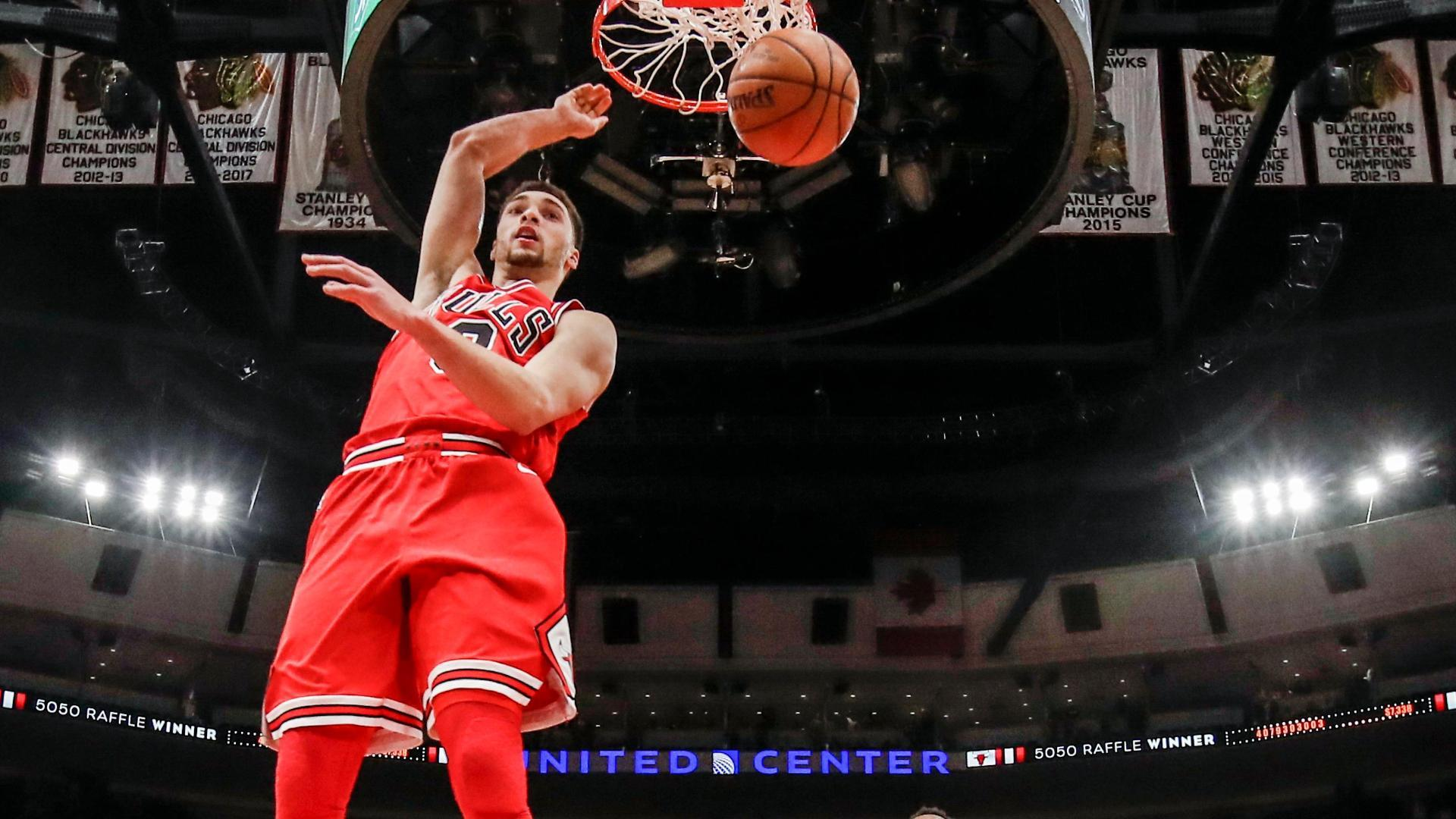 LaVine steal, dunk leads Bulls to 105