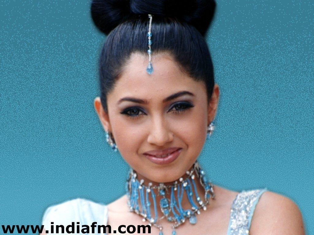 Rinke Khanna Wallpapers