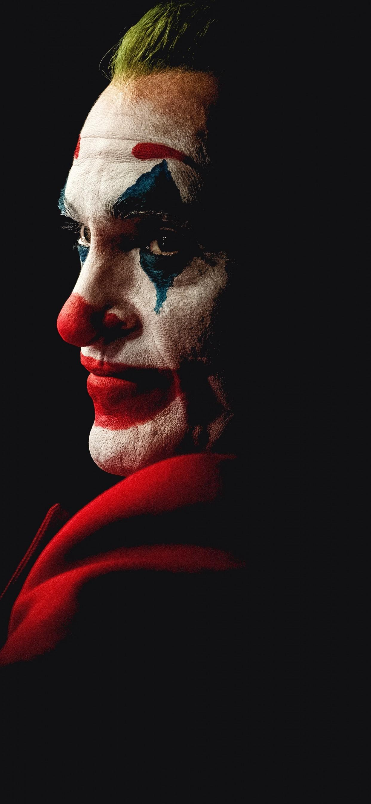Download 1242x2688 Joker 2019, Joaquin Phoenix Wallpapers