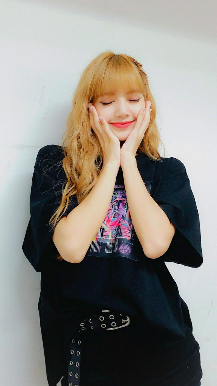 Blackpink Lisa Iphone Wallpapers Wallpaper Cave