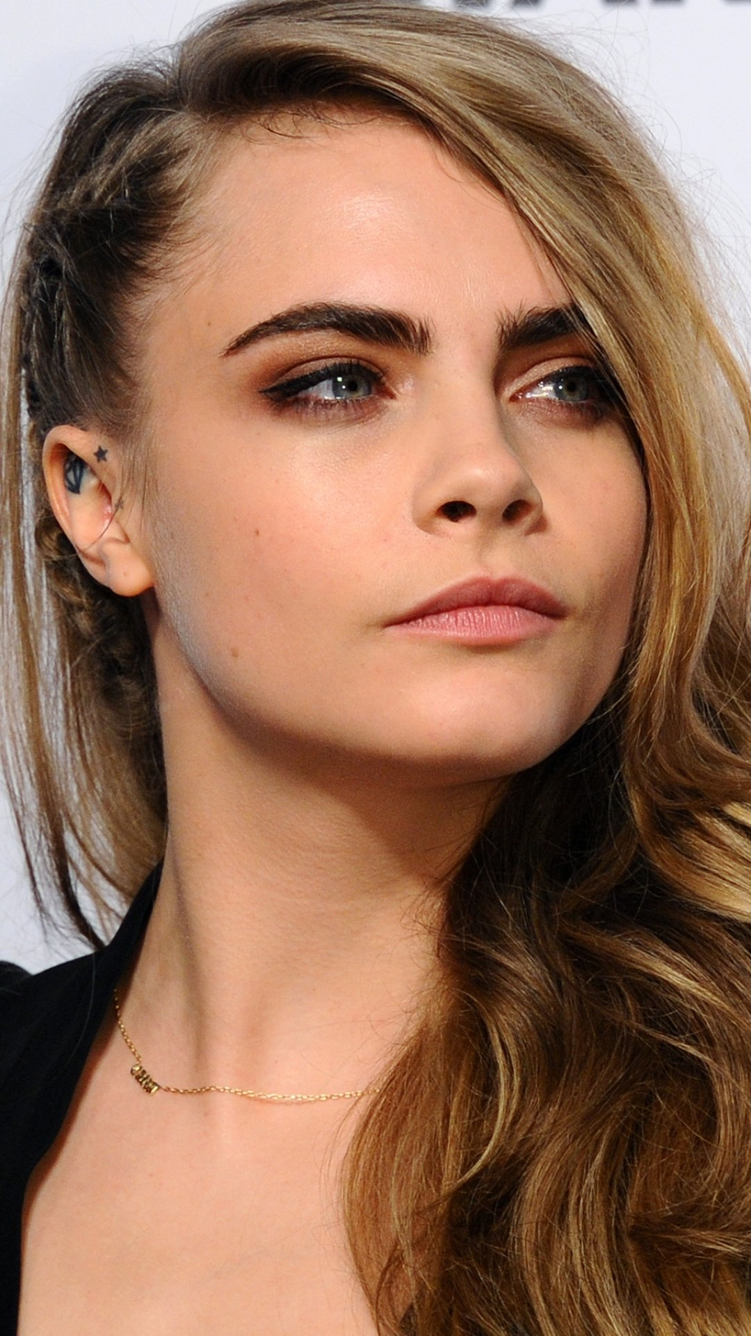 Cara Delevingne Phone Wallpapers Wallpaper Cave