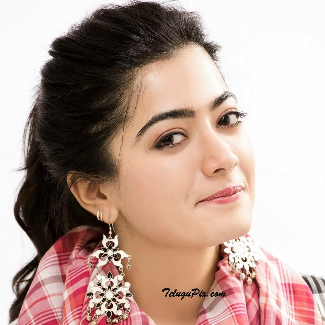 Rashmika Wallpapers