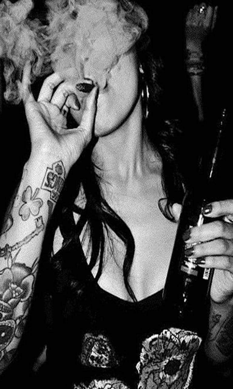 Smoking Girl Tumblr Wallpapers Wallpaper Cave
