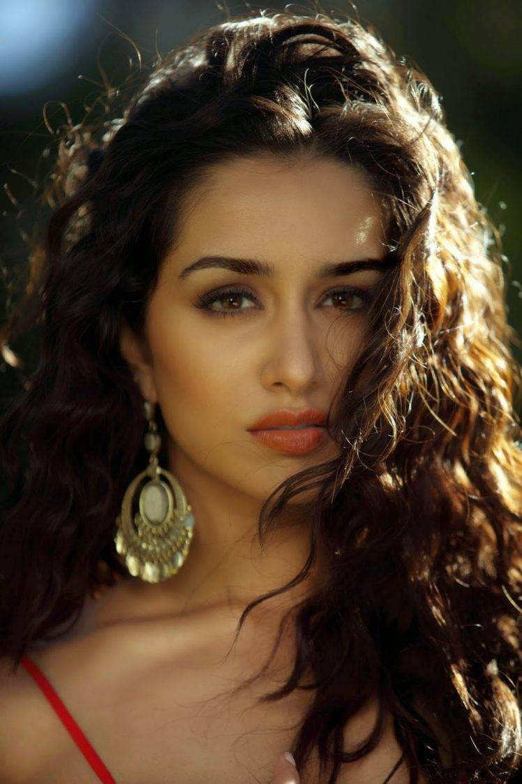 Shraddha Kapoor Wallpapers HD / Desktop and Mobile Backgrounds