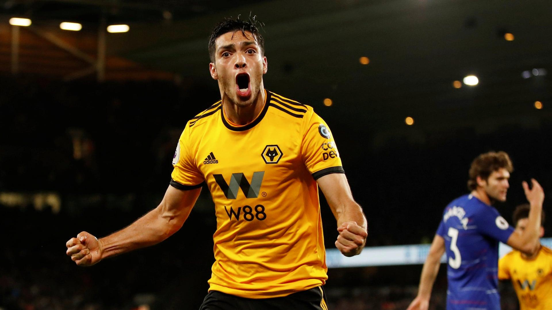 Raúl Jiménez celebrates after leveling the game in Wolves' 2