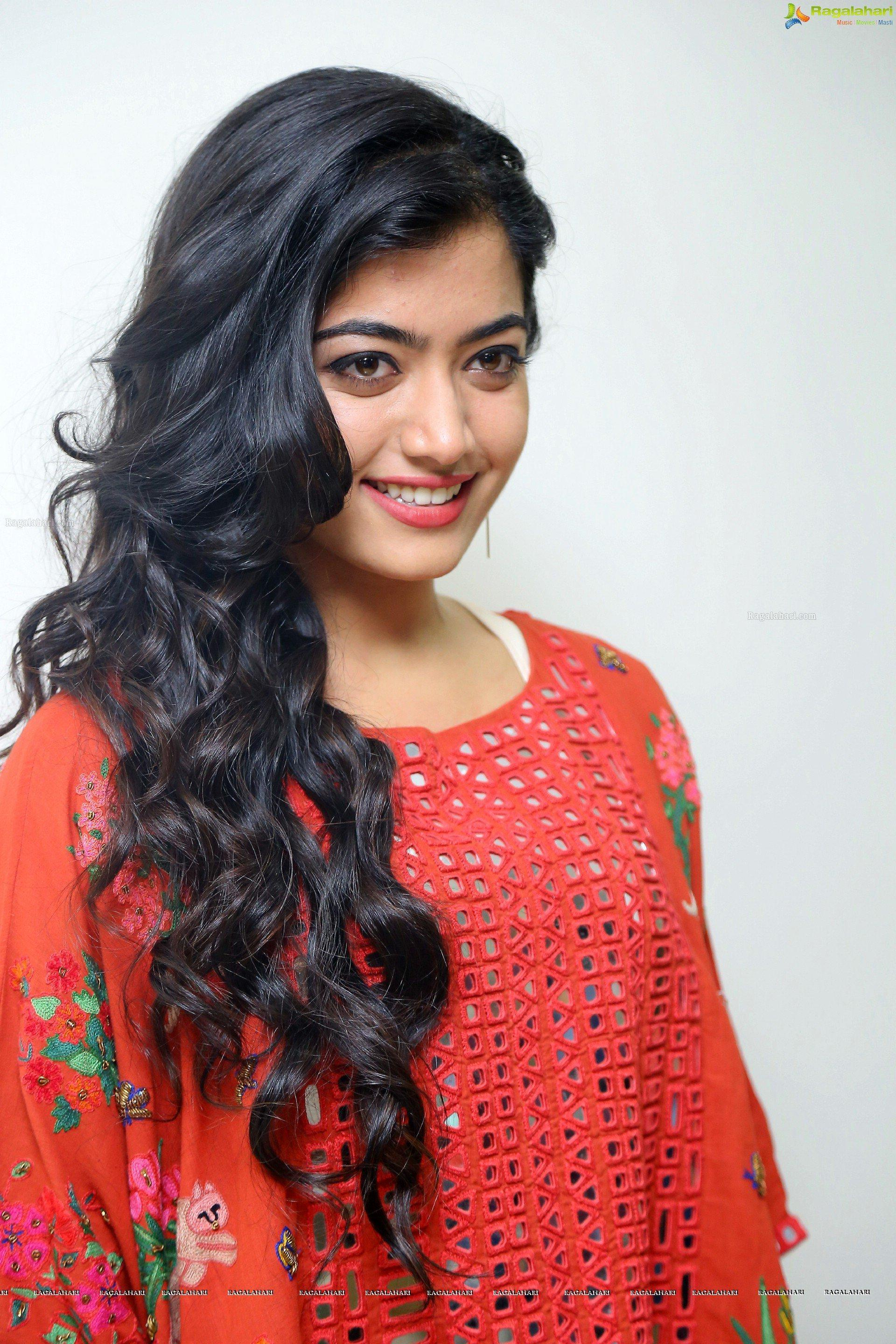 Rashmika Mandanna HD Wallpapers pour Android