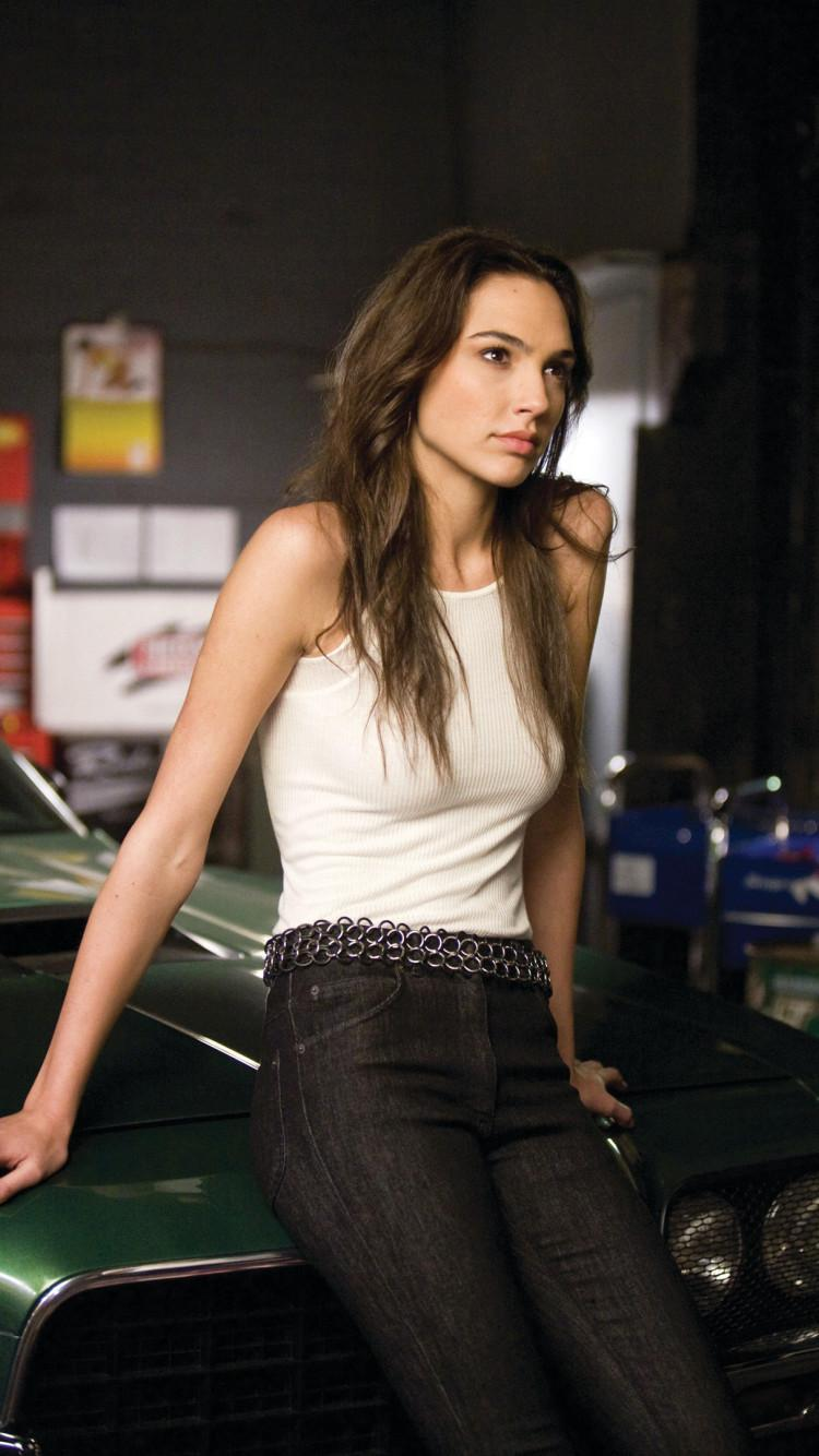 Gal Gadot Fast And Furious Iphone Wallpapers Wallpaper Cave