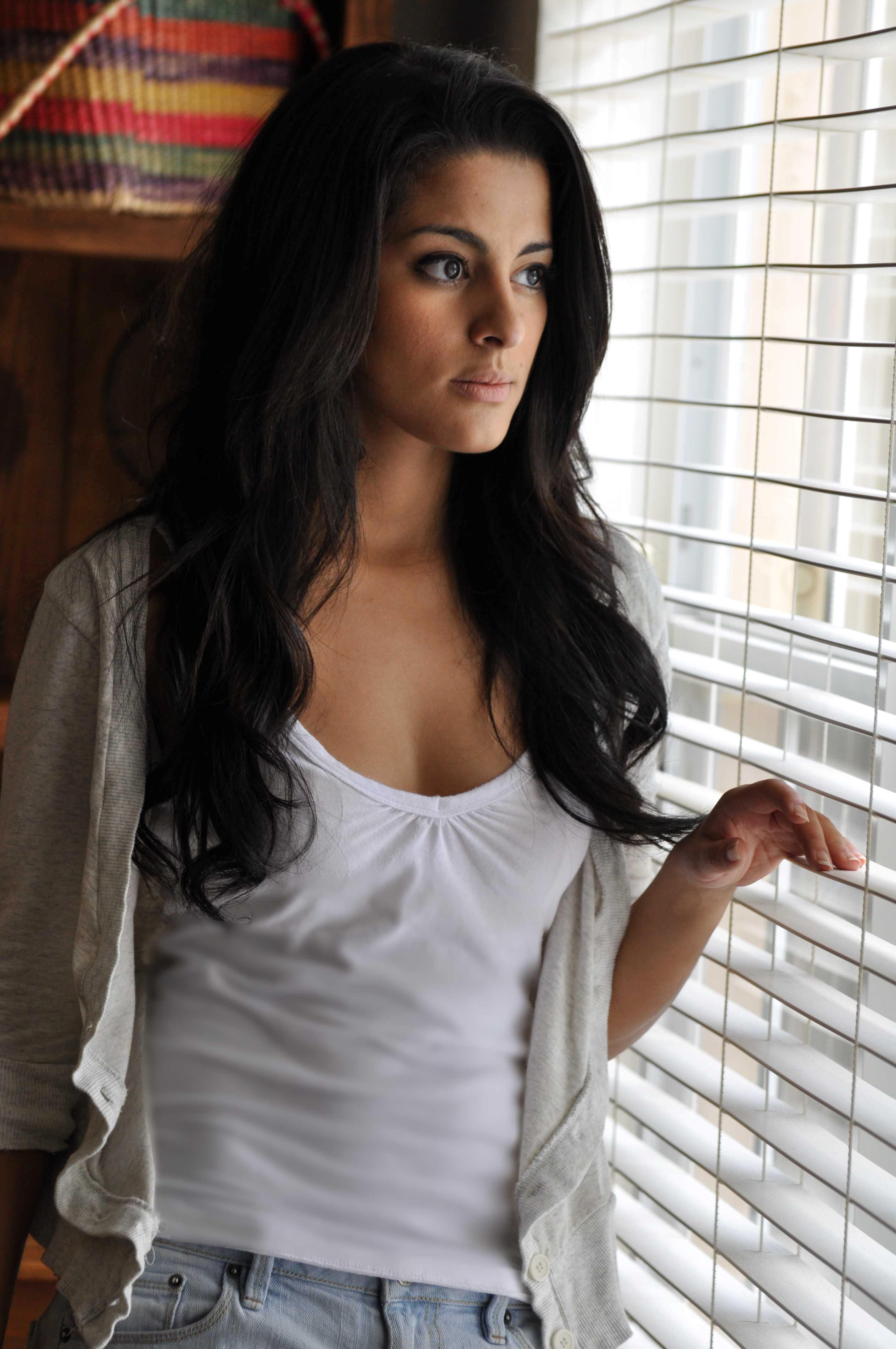 Carmela Zumbado