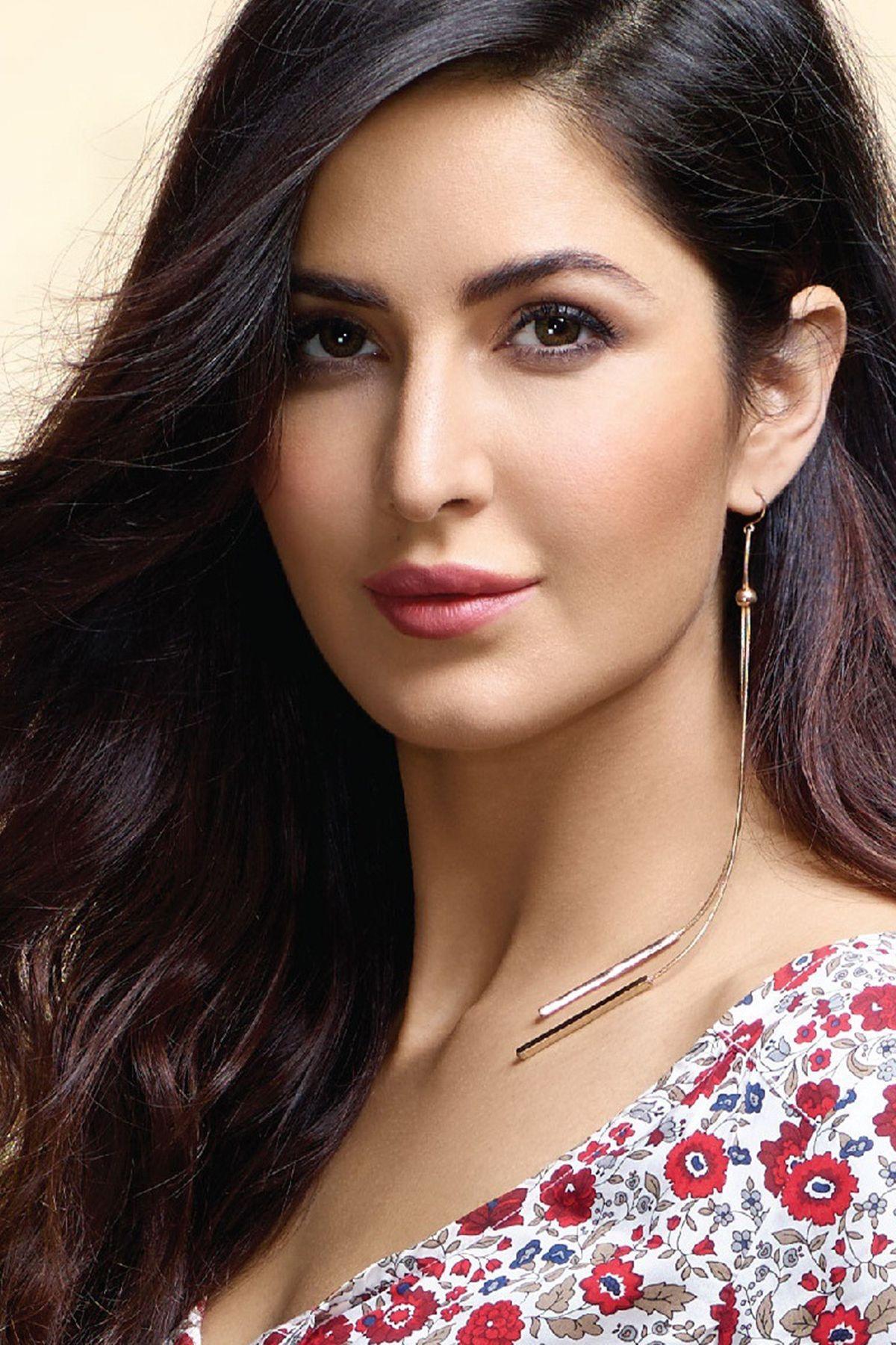 Katrina Kaif Sexy Eyes   HD Bollywood Actresses Wallpapers